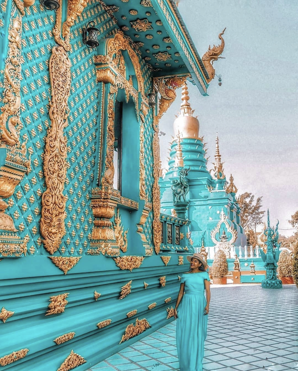 "Deeva @ The Blue Temple in Thailand - ""There are reasons we don't see the world in black and white"" IG: @deevatheexplorer"