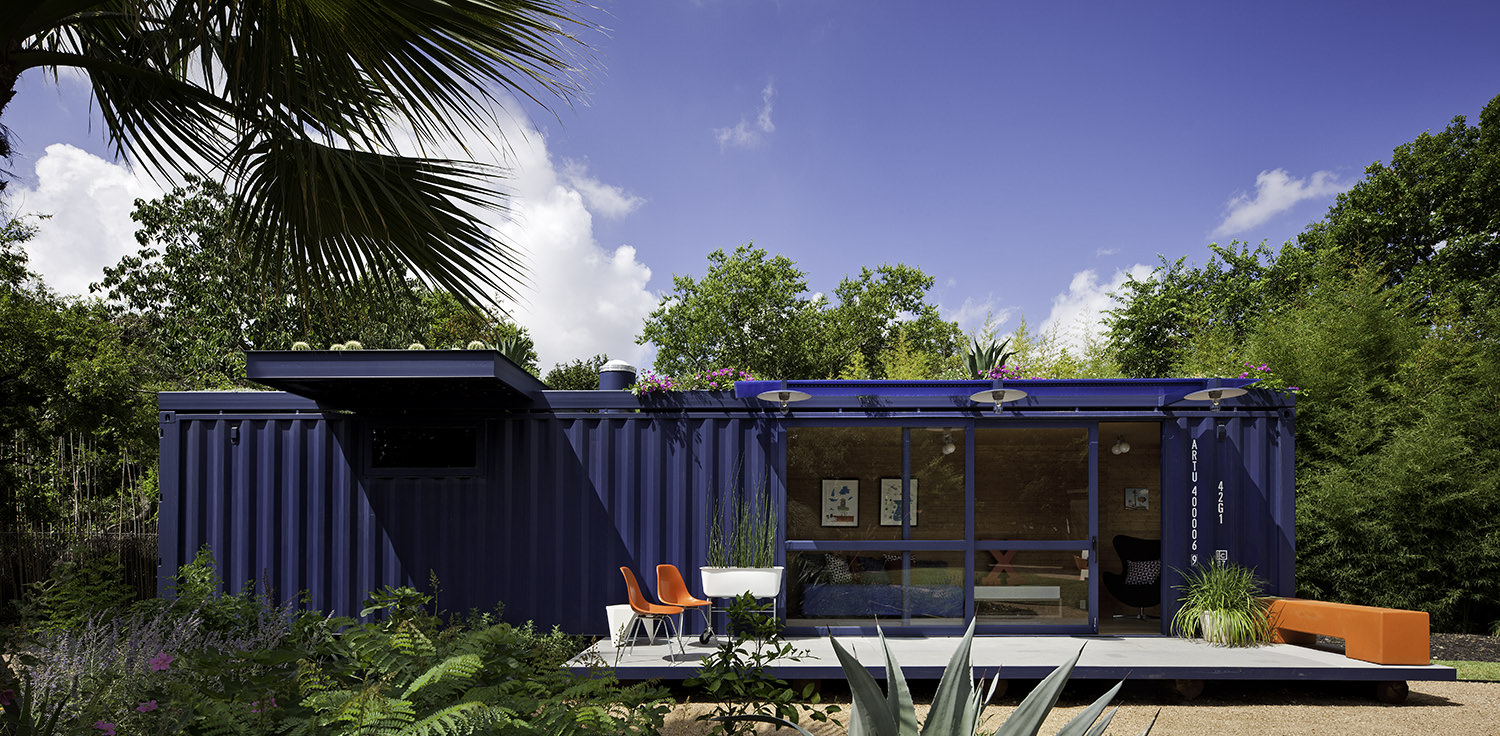 container-guest-house-2.jpg