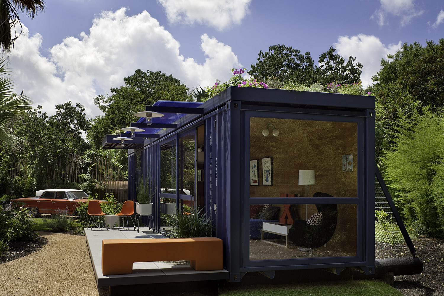 container-guest-house-3.jpg
