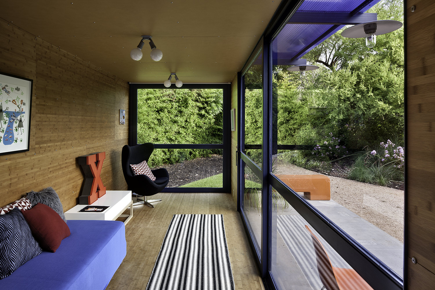 container-guest-house-8.jpg