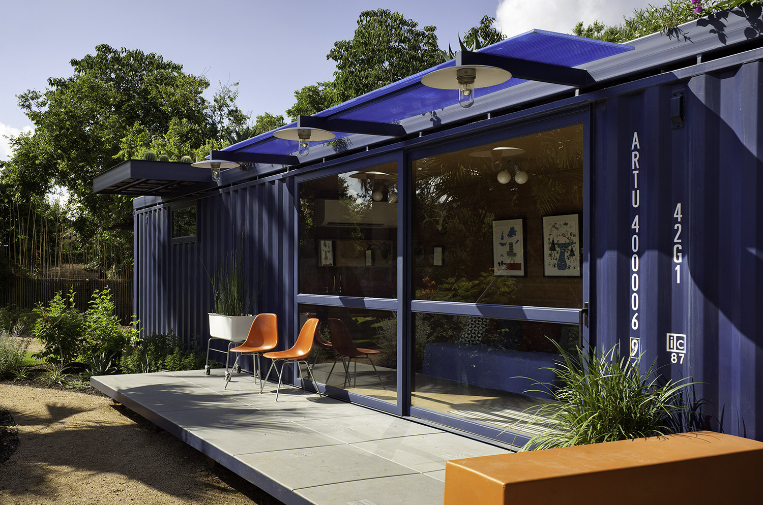 container-guest-house-14.jpg