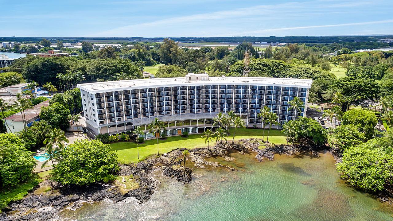 Hilo-Hawaiian-Hotel-1280x720-Overview-01.jpg