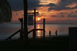 Sunset 1 20069.JPG