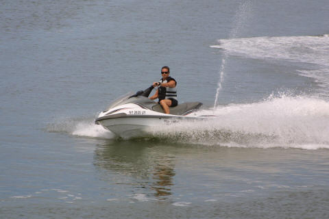 Jet Ski rentals 1000 feet up the beach