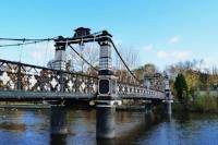 800px-Bridge_in_Burton_upon_Trent.jpg