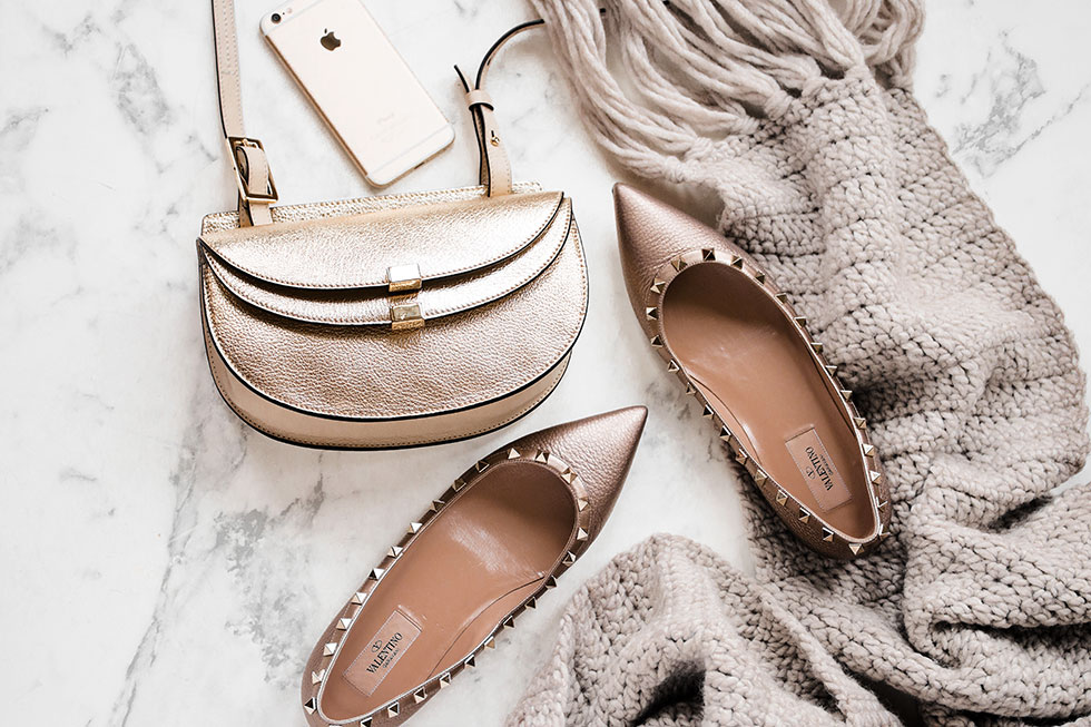 Seattle Black Friday deals Chloe Georgia Mini metallic leather shoulder bag and Valentino Rockstud Ballerina Flat
