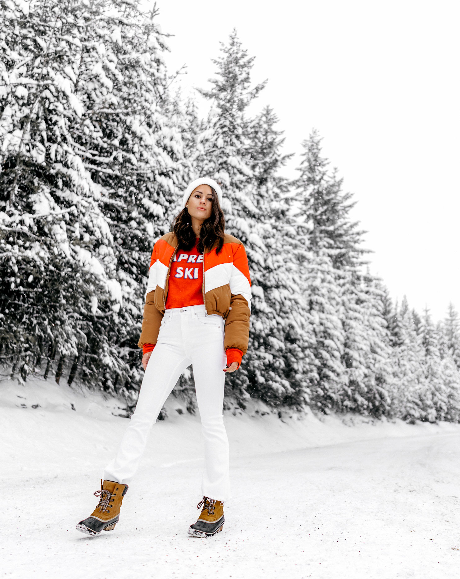 apres-ski-sweater-striped-vintage-puffer-coat-winter-snow-outfit-whistler-2.jpg