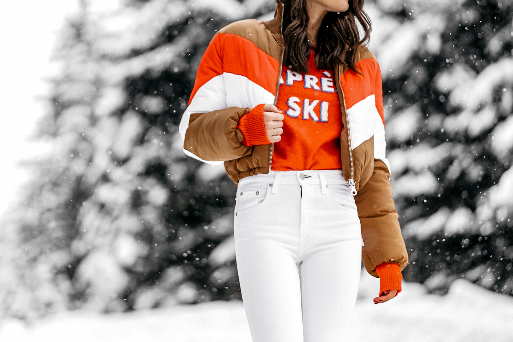 apres-ski-sweater-striped-vintage-puffer-coat-winter-snow-outfit-whistler-9.jpg