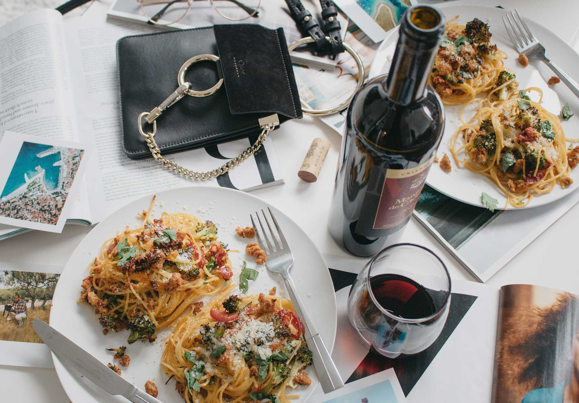 how-to-make-spagetti-nests-with-italian-sausage-broccoli-and-hot-cherry-peppers-flatlay-dinner-11.jpg