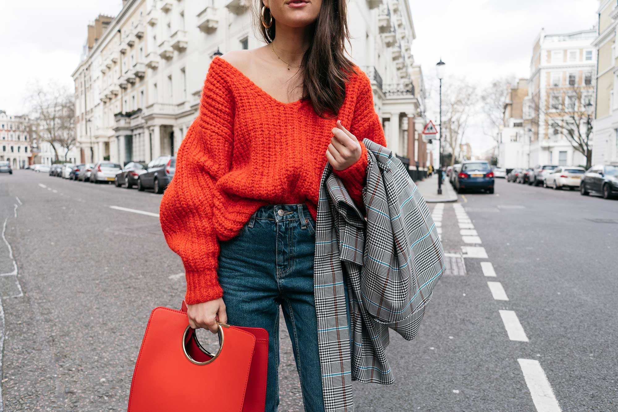 Lightweight-Check-Coat,-Salvatore-Ferragamo-Red-Leather-Tote,--Mom-jeans,-London-Fall-Outfit-Red-Accessories-11.jpg