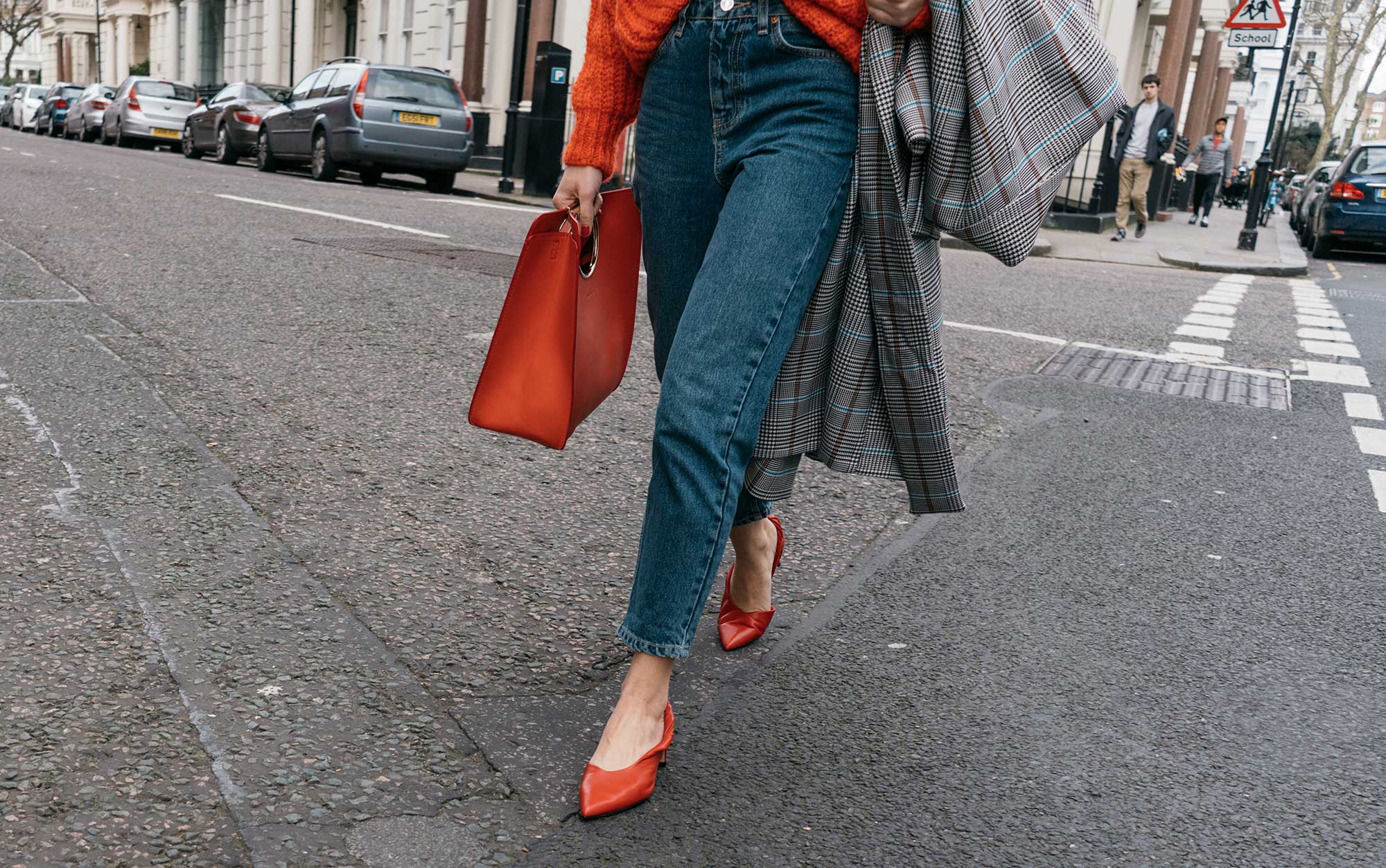 Lightweight-Check-Coat,-Salvatore-Ferragamo-Red-Leather-Tote,--Mom-jeans,-London-Fall-Outfit-Red-Accessories-17.jpg