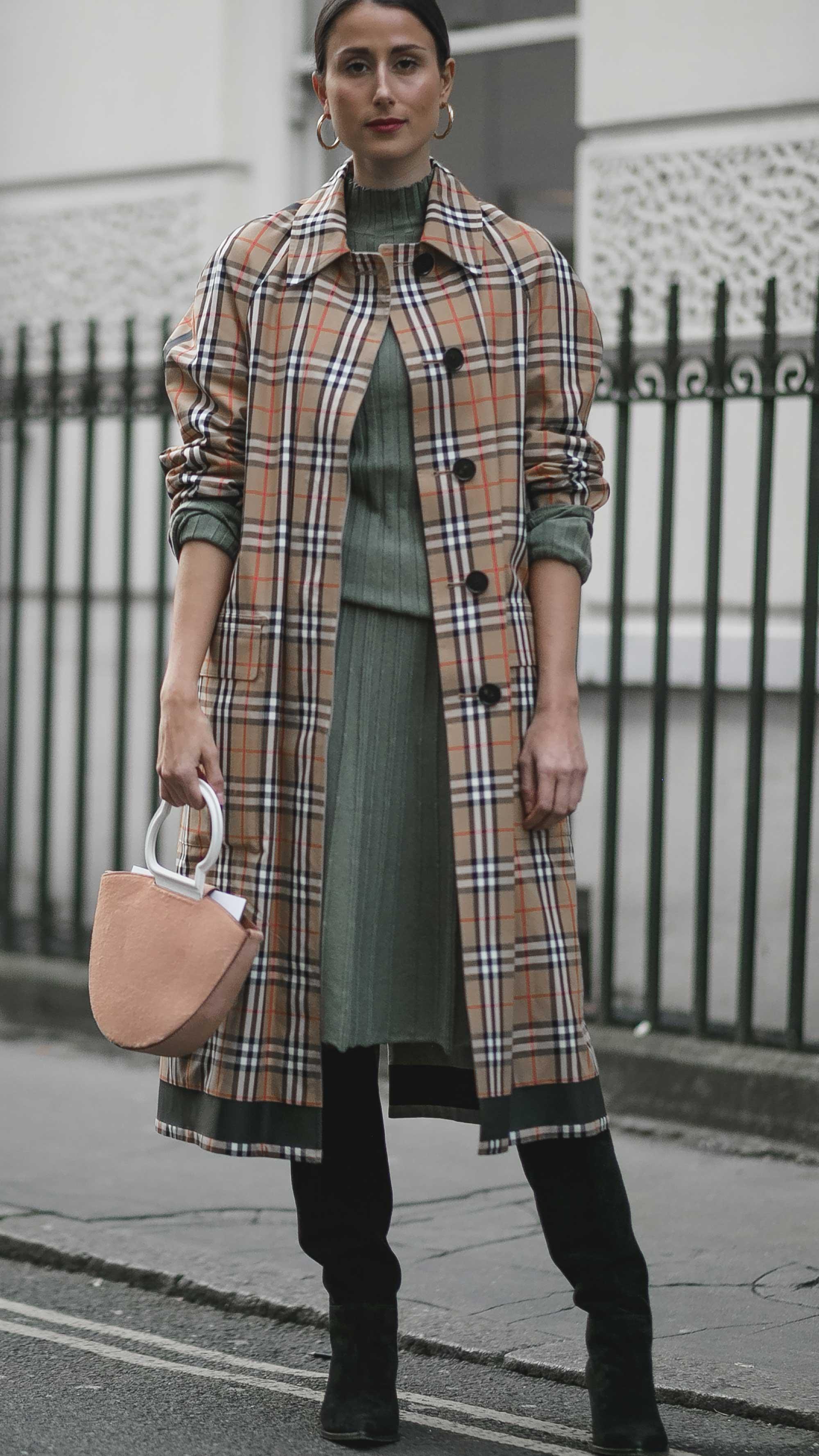 London Fashion Week Street Style FW181.jpg