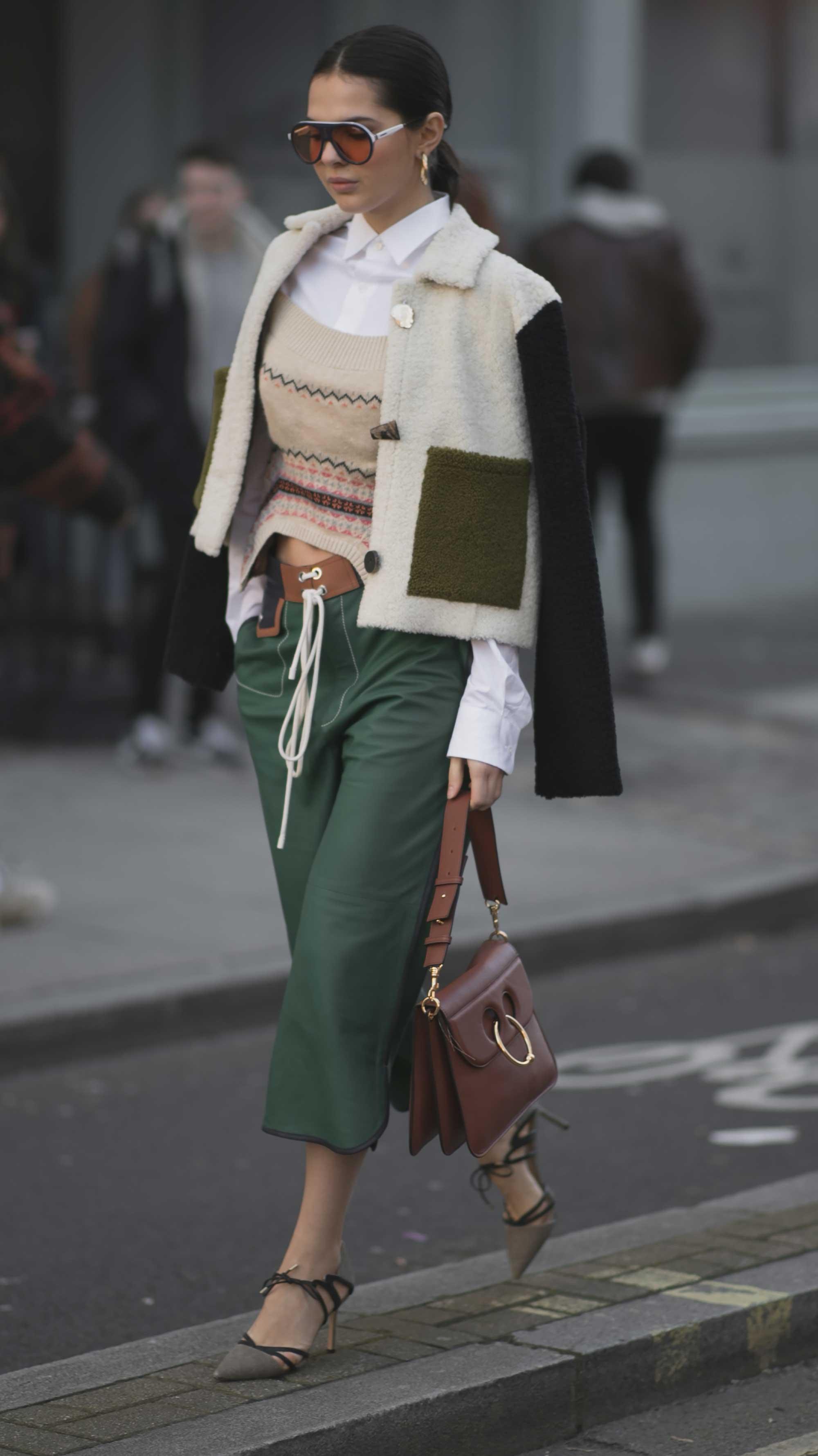 London Fashion Week Street Style FW187.jpg