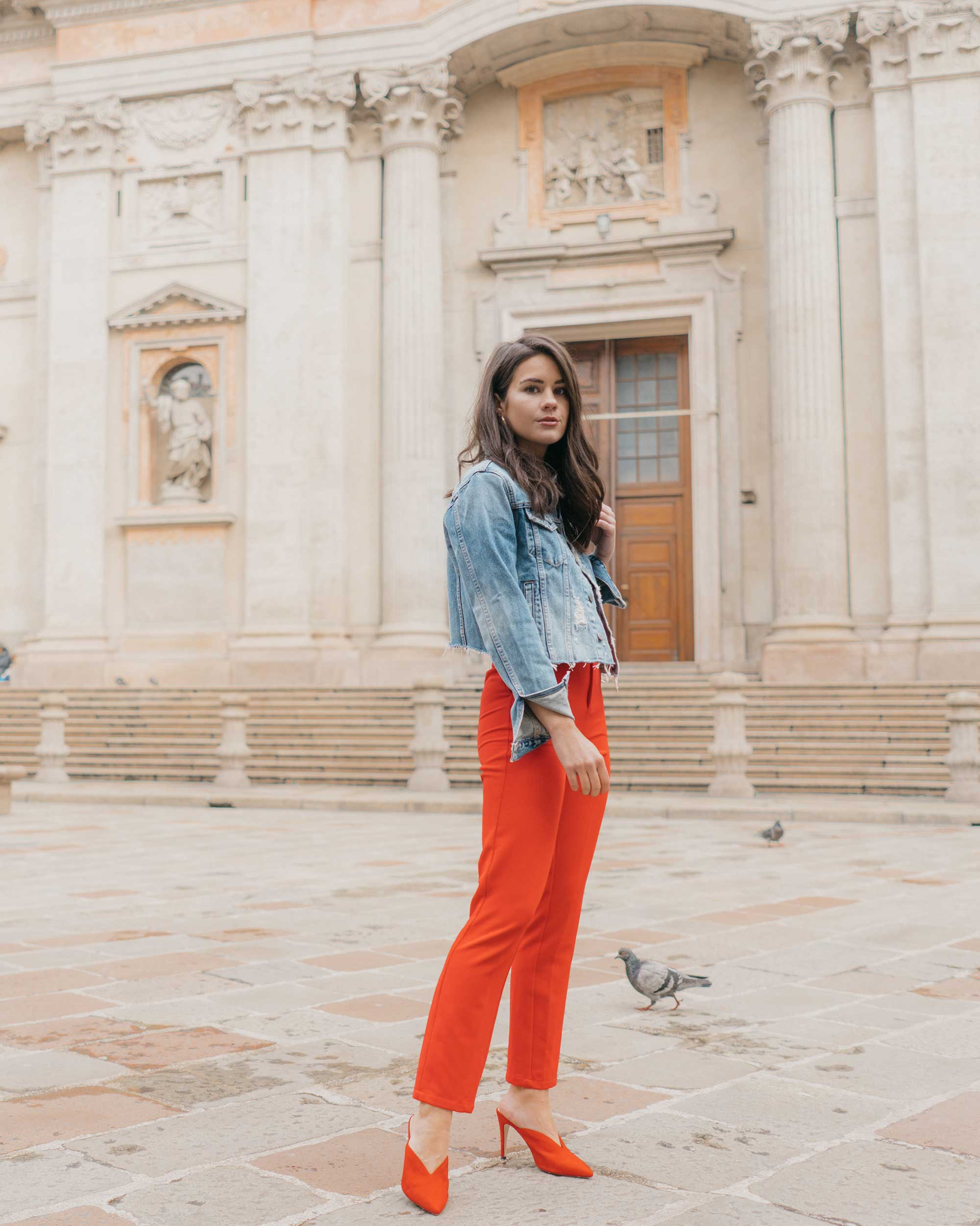 Red-Skinny-Pants,-All-You-Need-Is-Love'-Slogan-T-Shirt,-Cara-Cropped-Denim-Jacket,-Milan-Spring-Outfit5.jpg
