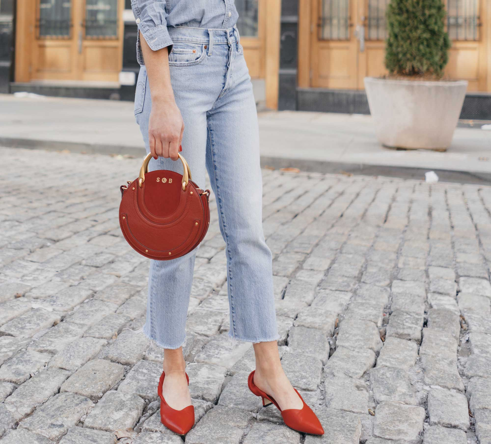 Madewell-Chambray-Boyfriend-Shirt--Levi's-Wedgie-High-Rise-Straight-Jeans-Chloe-Pixie-Leather-Crossbody-Bag-Sigerson-Morrison-Red-Slingback-Pump-1.jpg