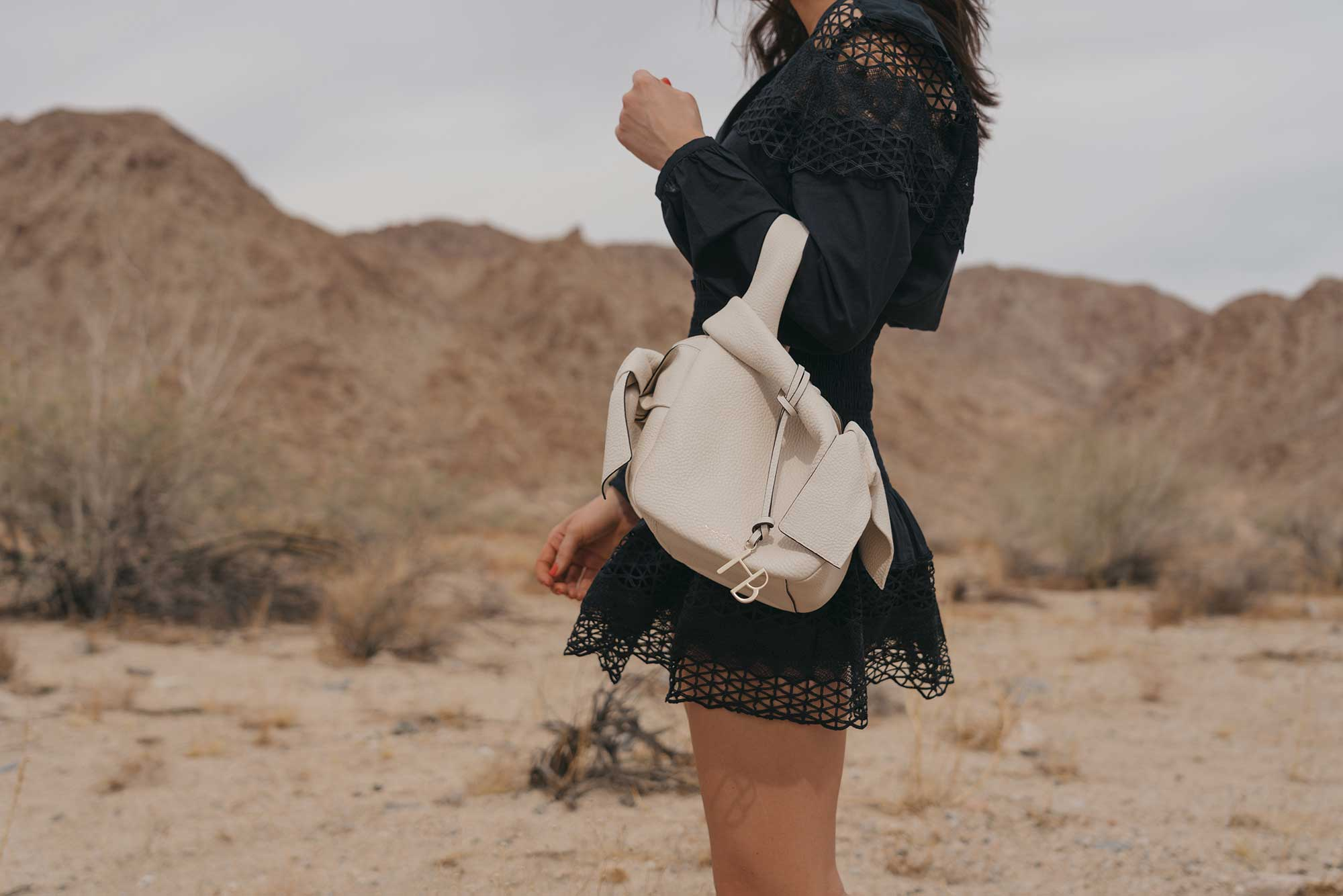black lace festival outfit for Coachella Desert8.jpg