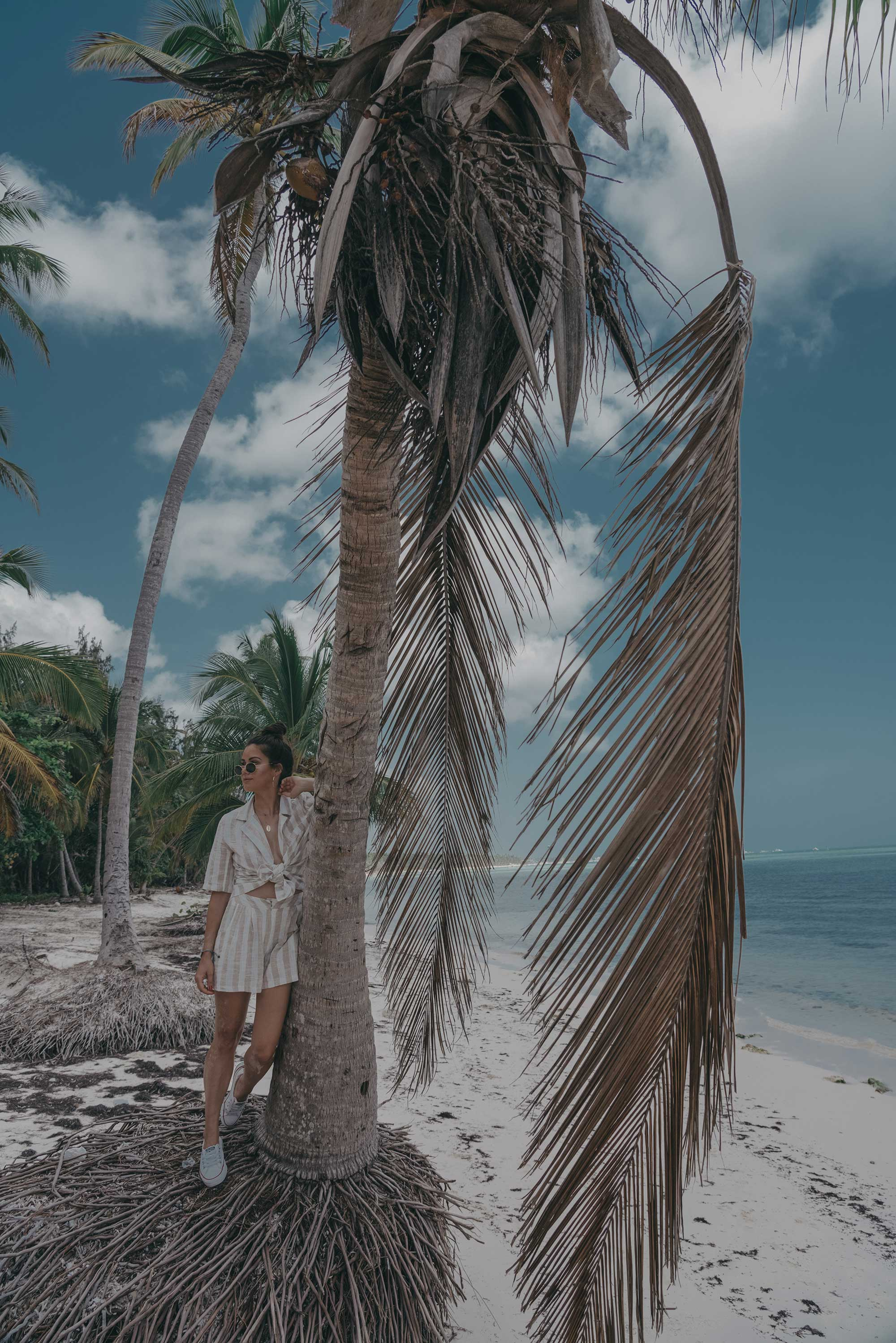 stripe linen blazer and short suit dominican republic beach outfit3.jpg