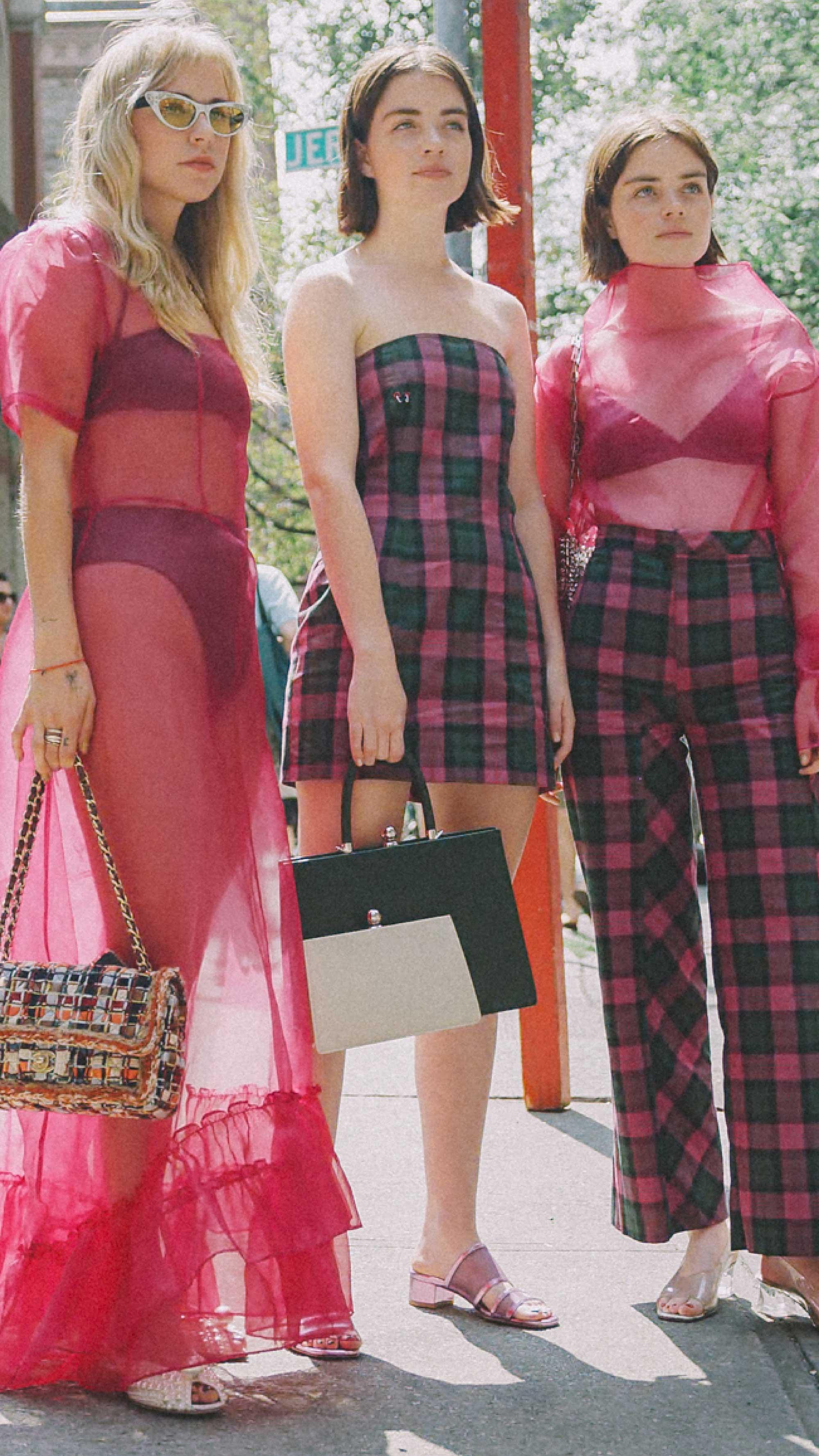 New-York-Fashion-Week-NYFW-SS18-street-style-day-one1.jpg