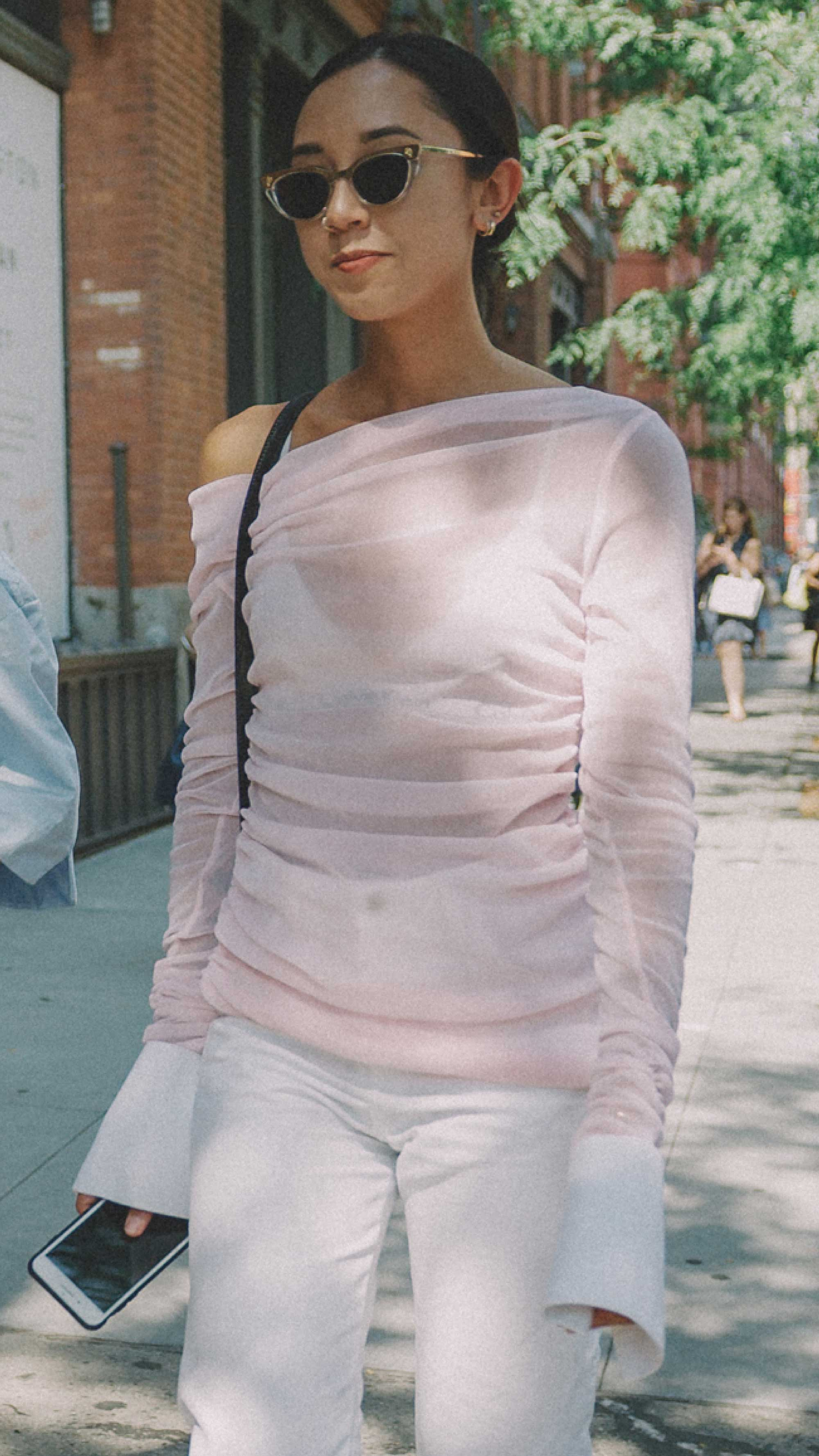 New-York-Fashion-Week-NYFW-SS18-street-style-day-one6.jpg