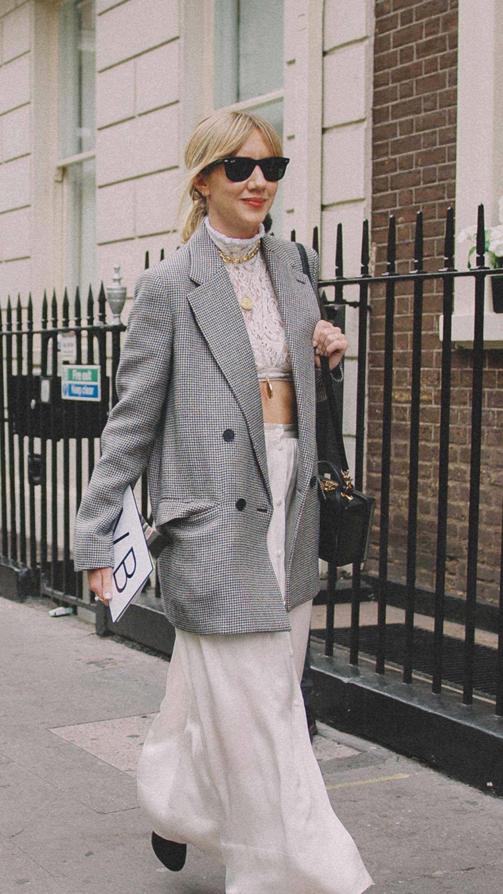 London-fashion-week-street-style-photos-day-two-ss194.jpg
