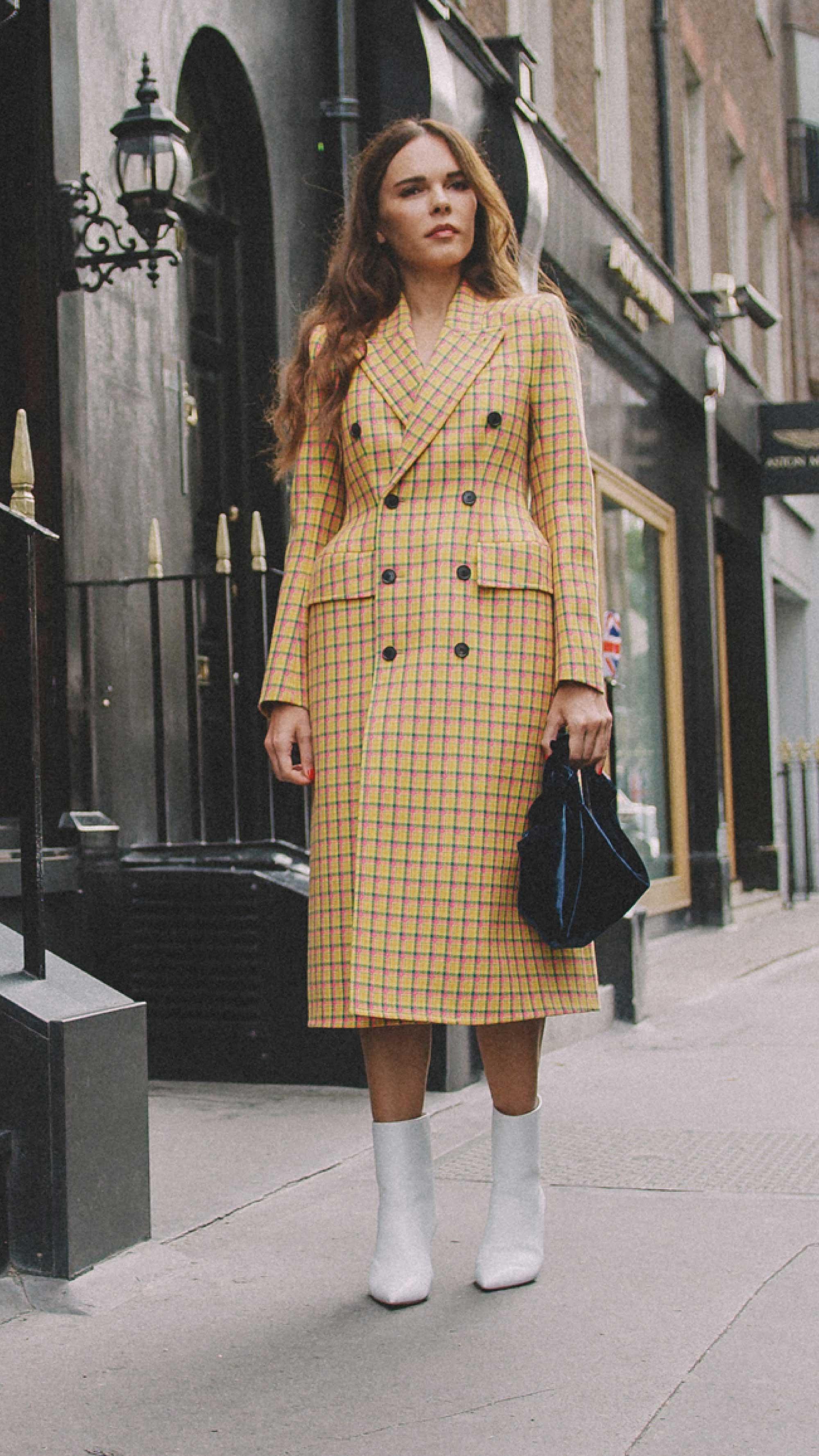 London-fashion-week-street-style-photos-day-two-ss195.jpg
