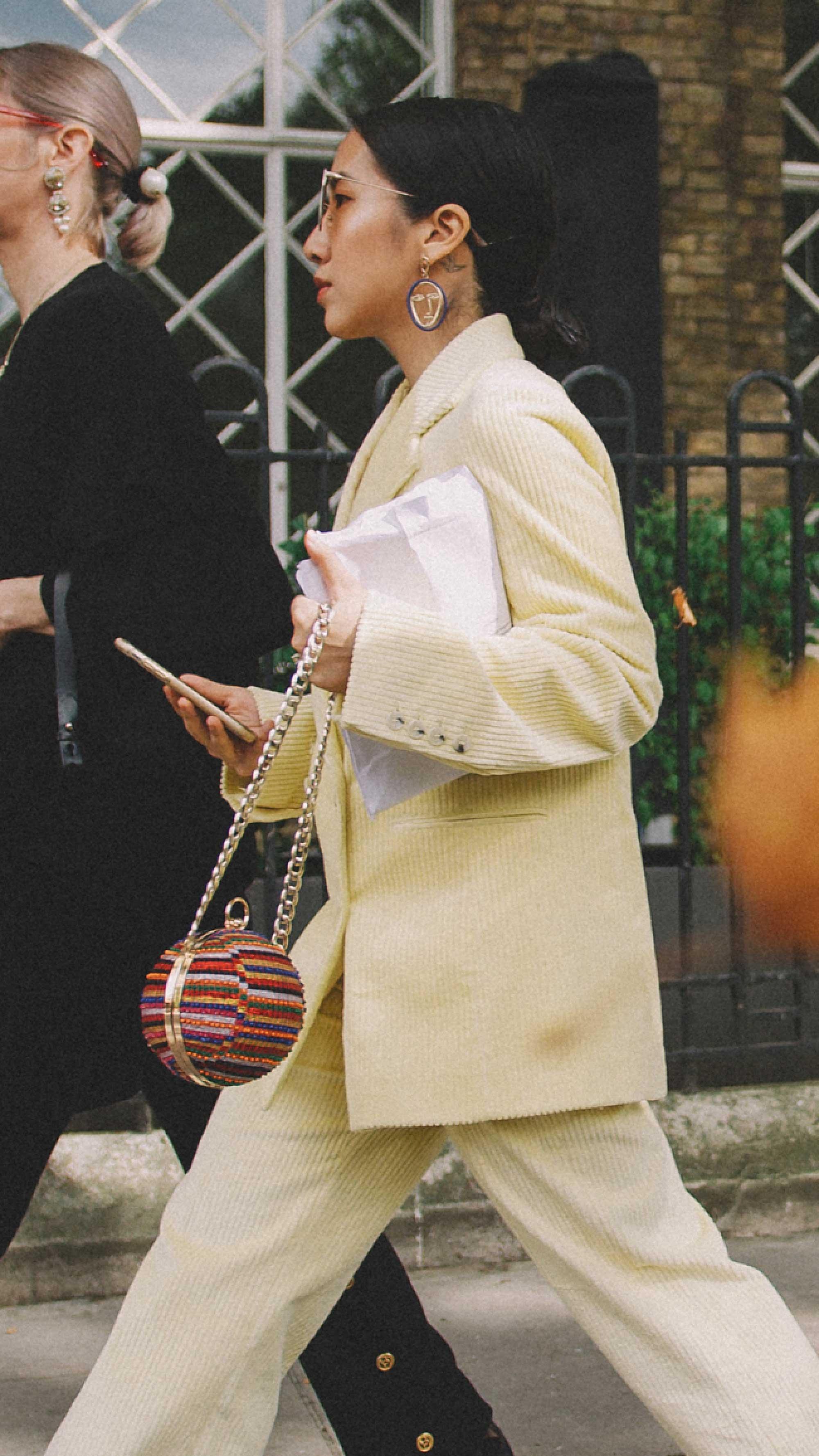 London-fashion-week-street-style-photos-day-two-ss1911.jpg
