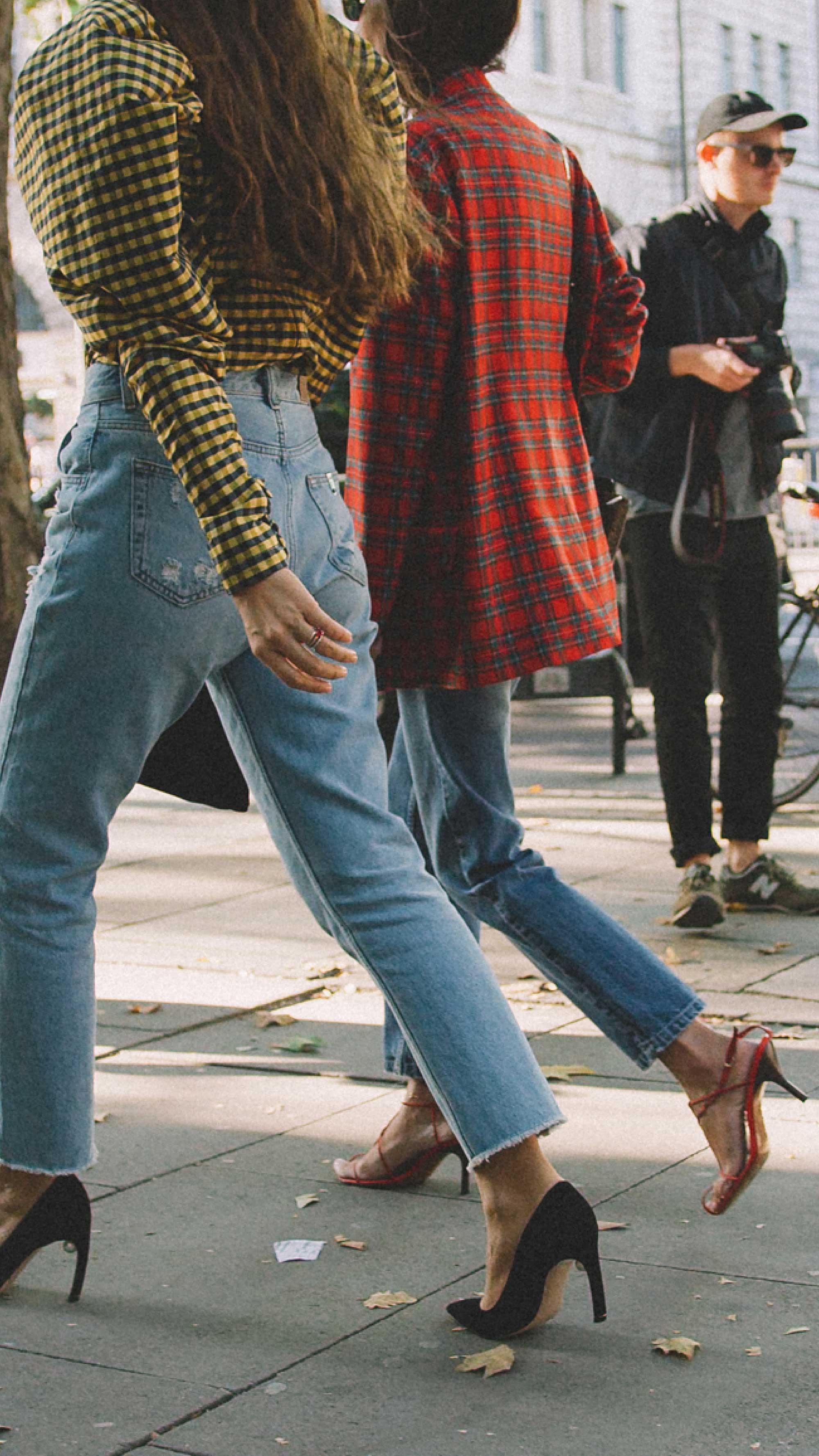 London-fashion-week-street-style-photos-day-two-ss1918.jpg