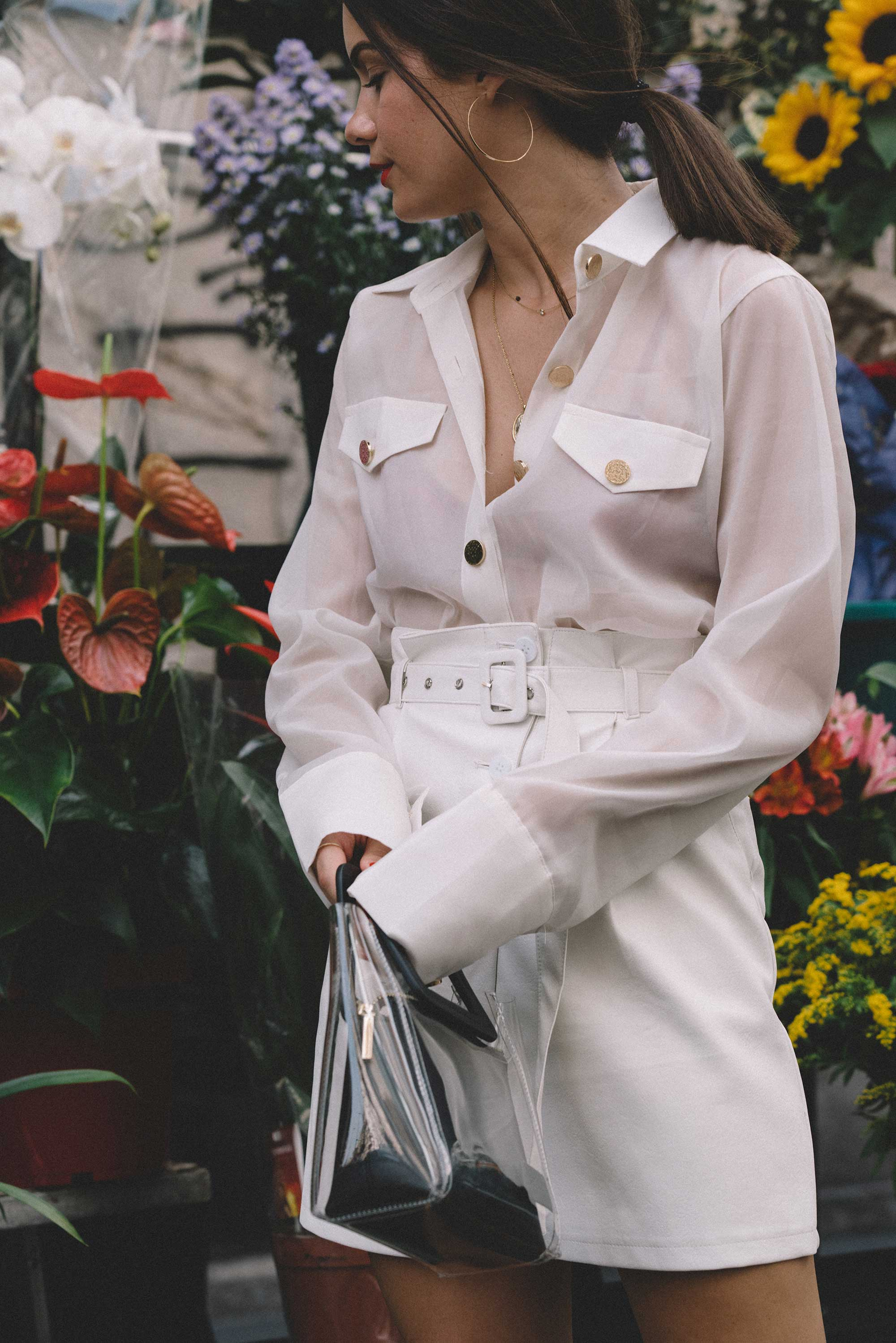 Sheer picket blouse, white leather skirt with belt, STAUD clear and black shirley mini PVC and leather tote, milan outfit10.jpg