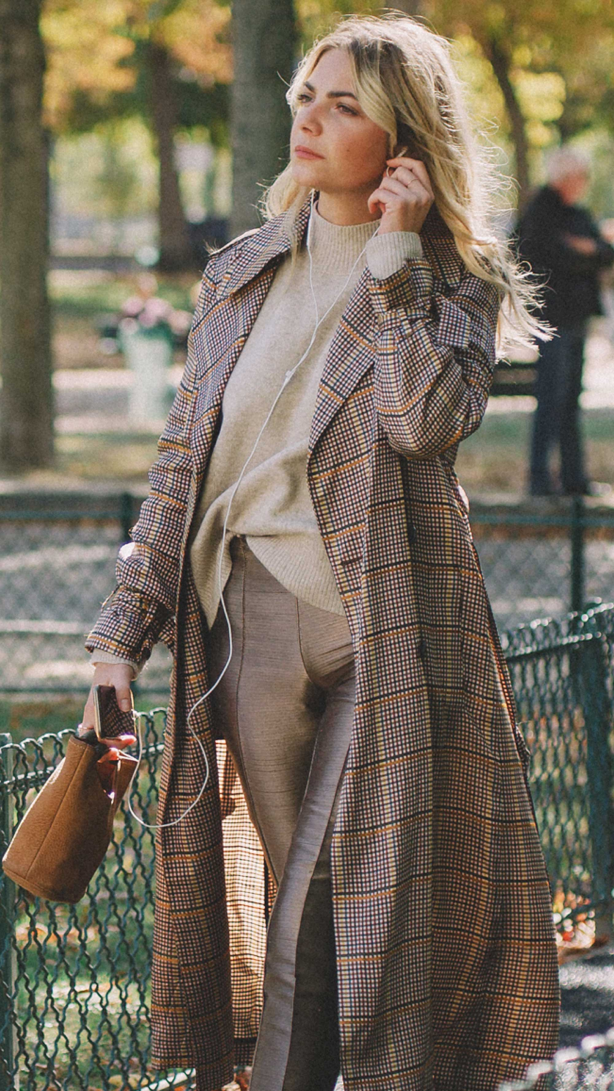Paris-fashion-street-style-outfits-week-day-two-ss19-4.jpg