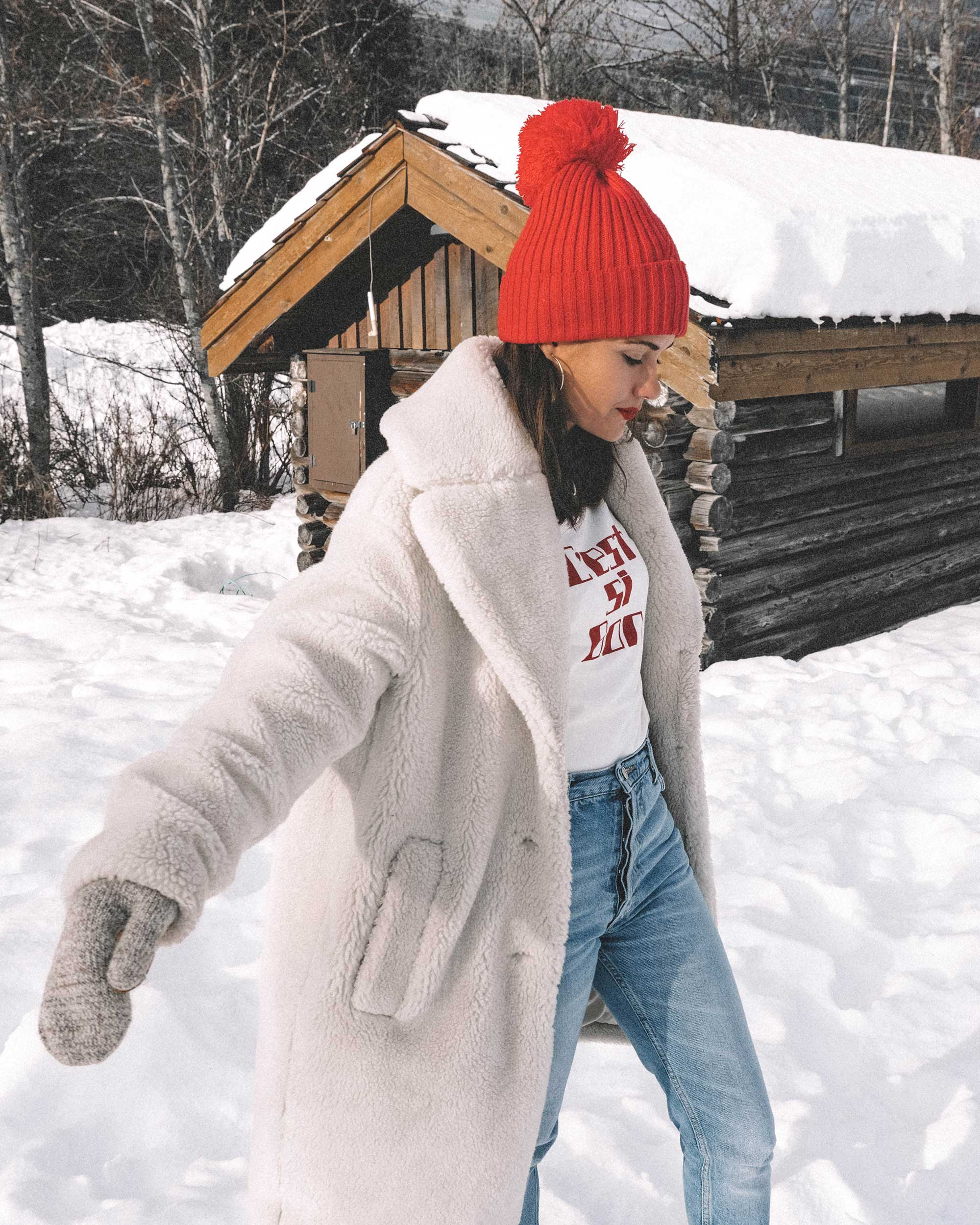 Winter snow outfit white faux shearling coat and sorel boots with jeans whislter canada11.jpg