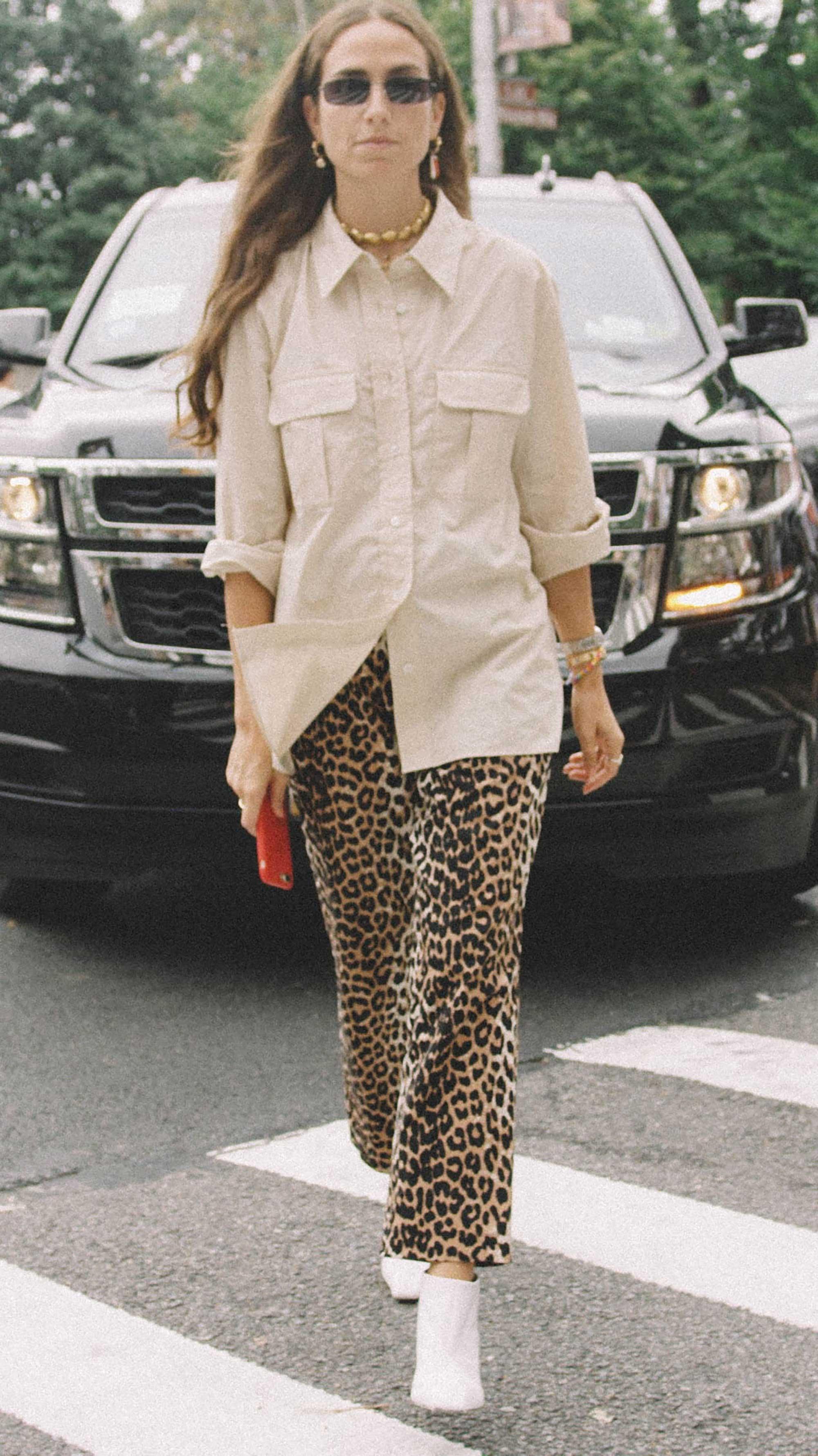 10 Easy Ways to Pull Off Animal Print, leopard pants white boots, Erika Boldrin Street Style.jpg