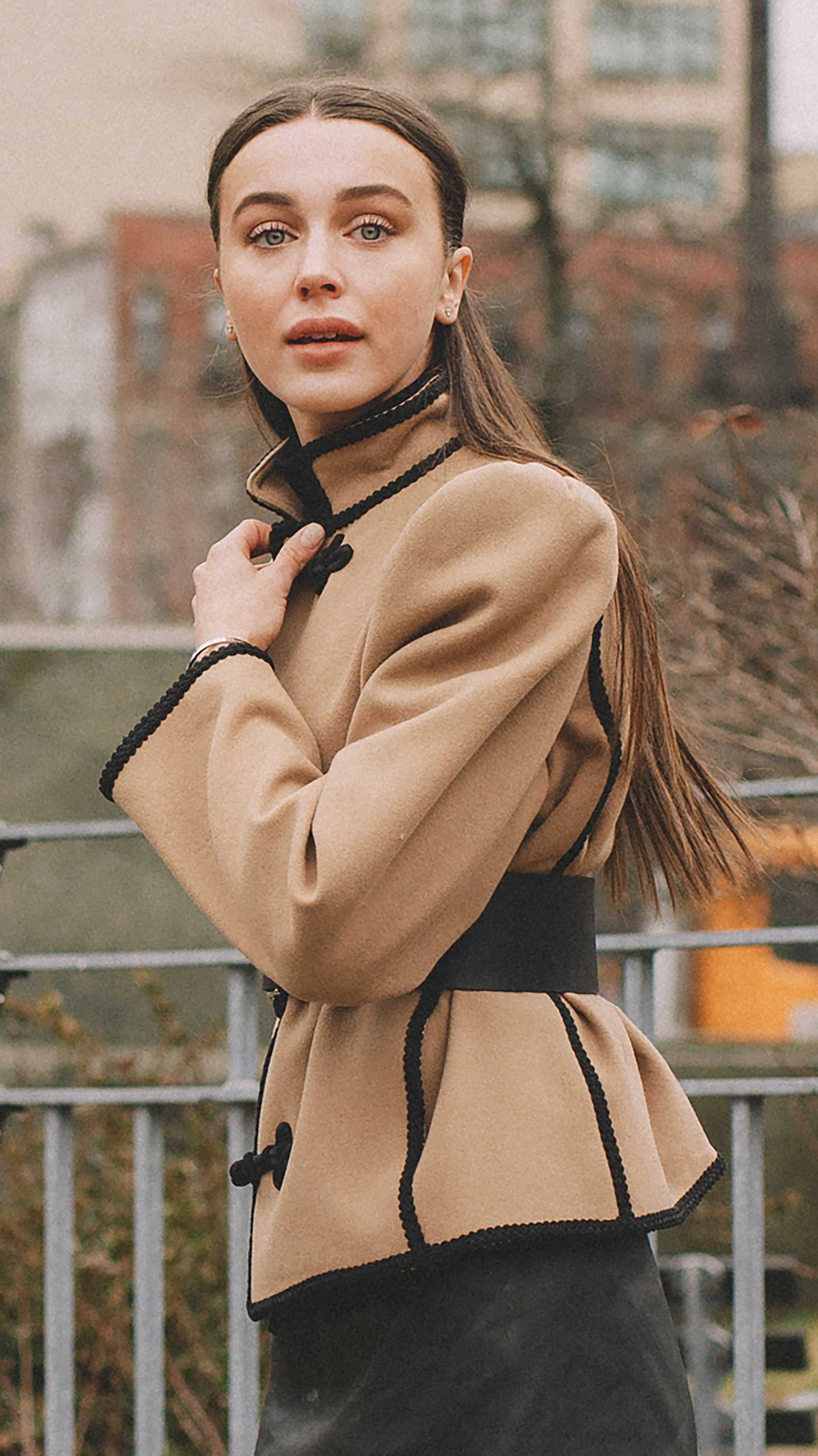 Best outfits of New York Fashion Week street style day two FW19 41.jpg