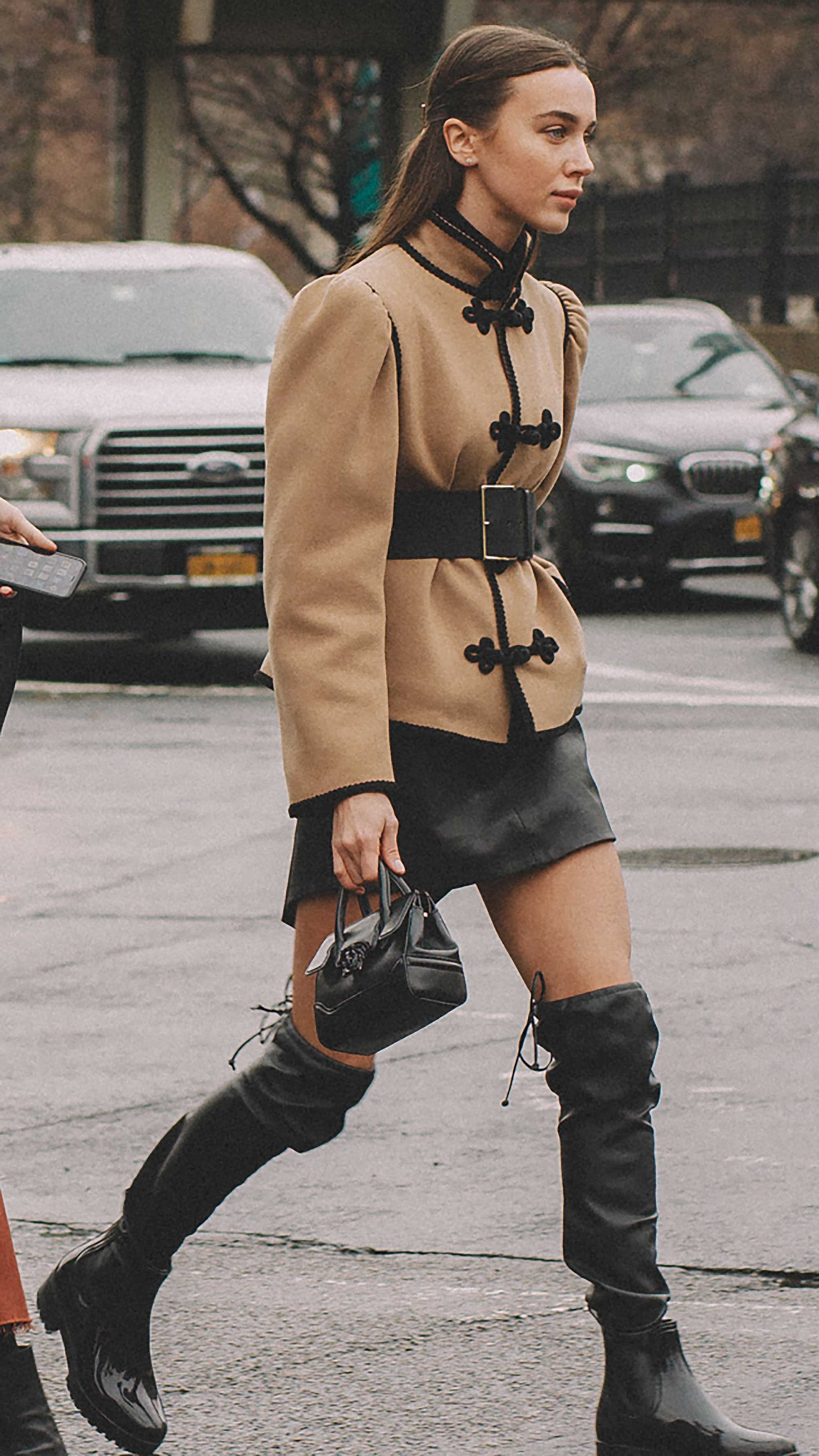 Best outfits of New York Fashion Week street style day two FW19 50.jpg