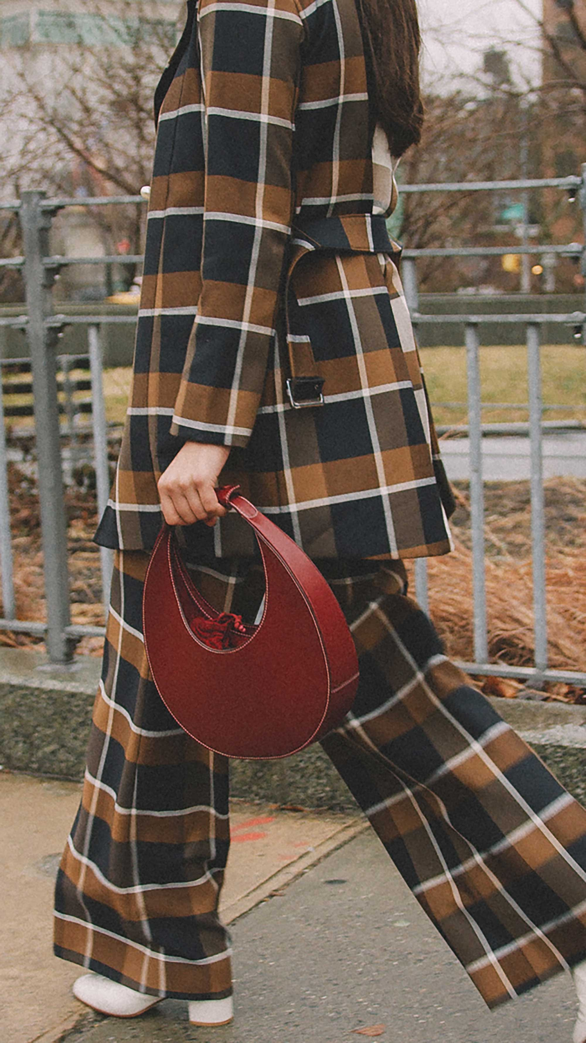Best outfits of New York Fashion Week street style day two FW19 63.jpg