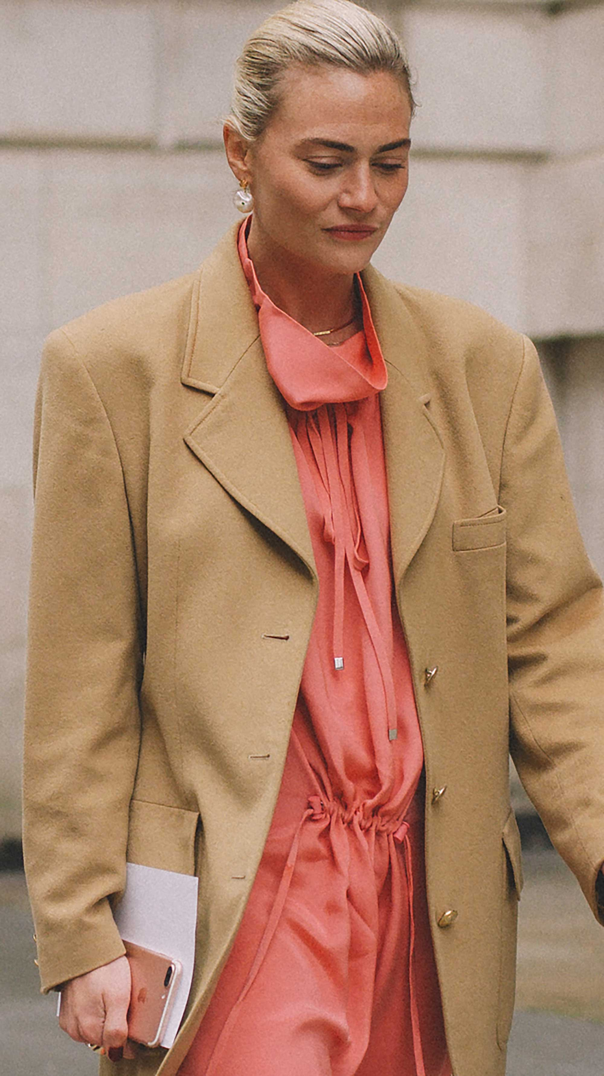Best outfits of London Fashion Week street style day one NYFW FW1989.jpg