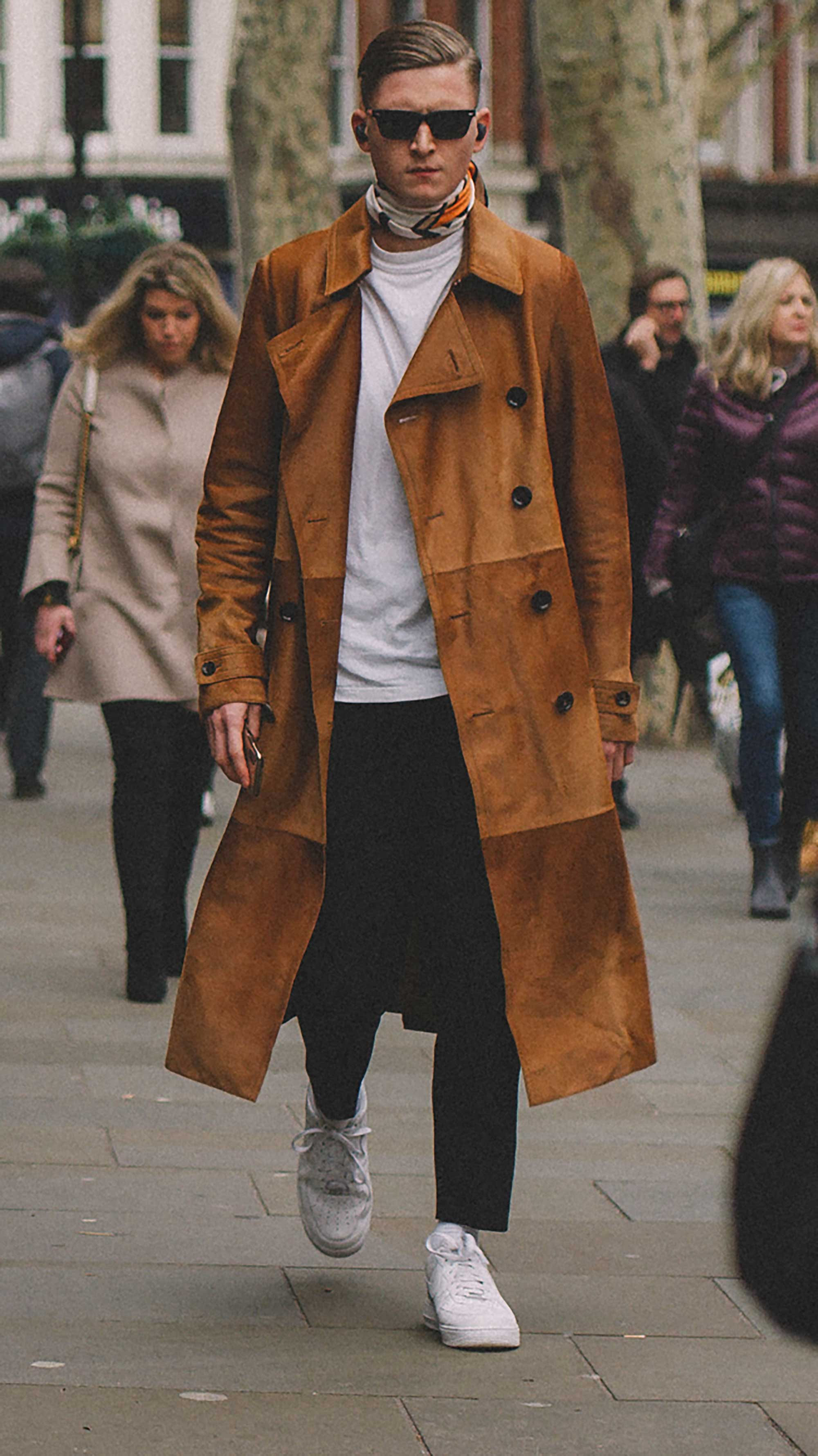 Best outfits of London Fashion Week street style day three LFW FW19 17.jpg