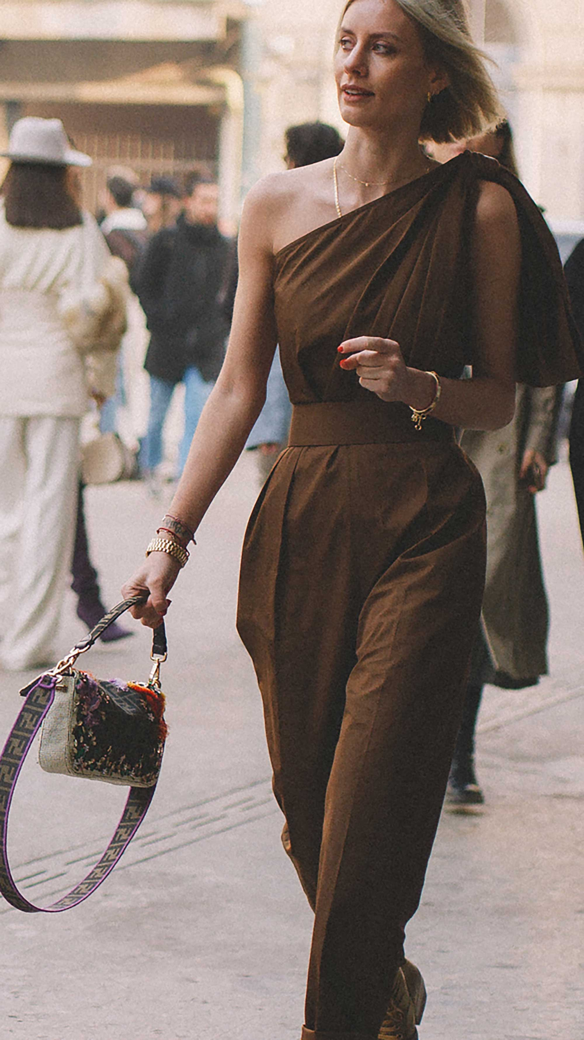 Best outfits of Milan Fashion Week street style day one MFW FW1910.jpg
