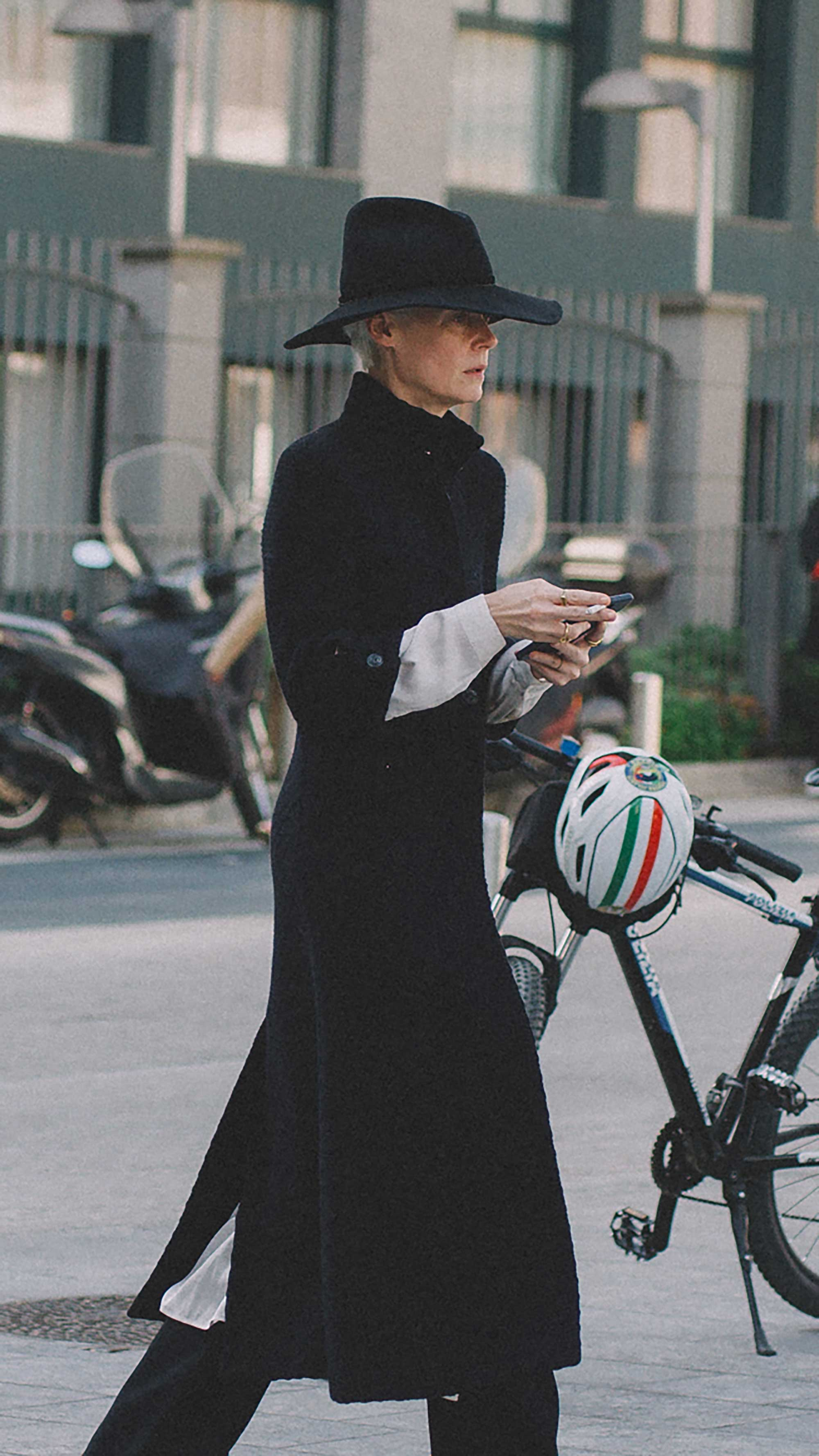 est outfits of Milan Fashion Week street style day two MFW FW19 55.jpg