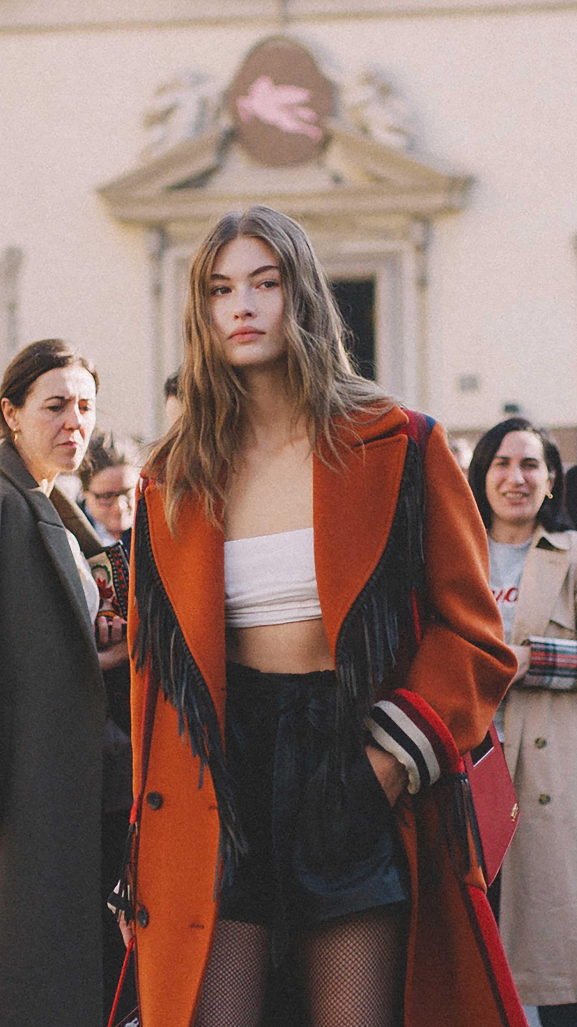 Street Style outside the Etro Runway Show during Milan fashion Week FW199.jpg