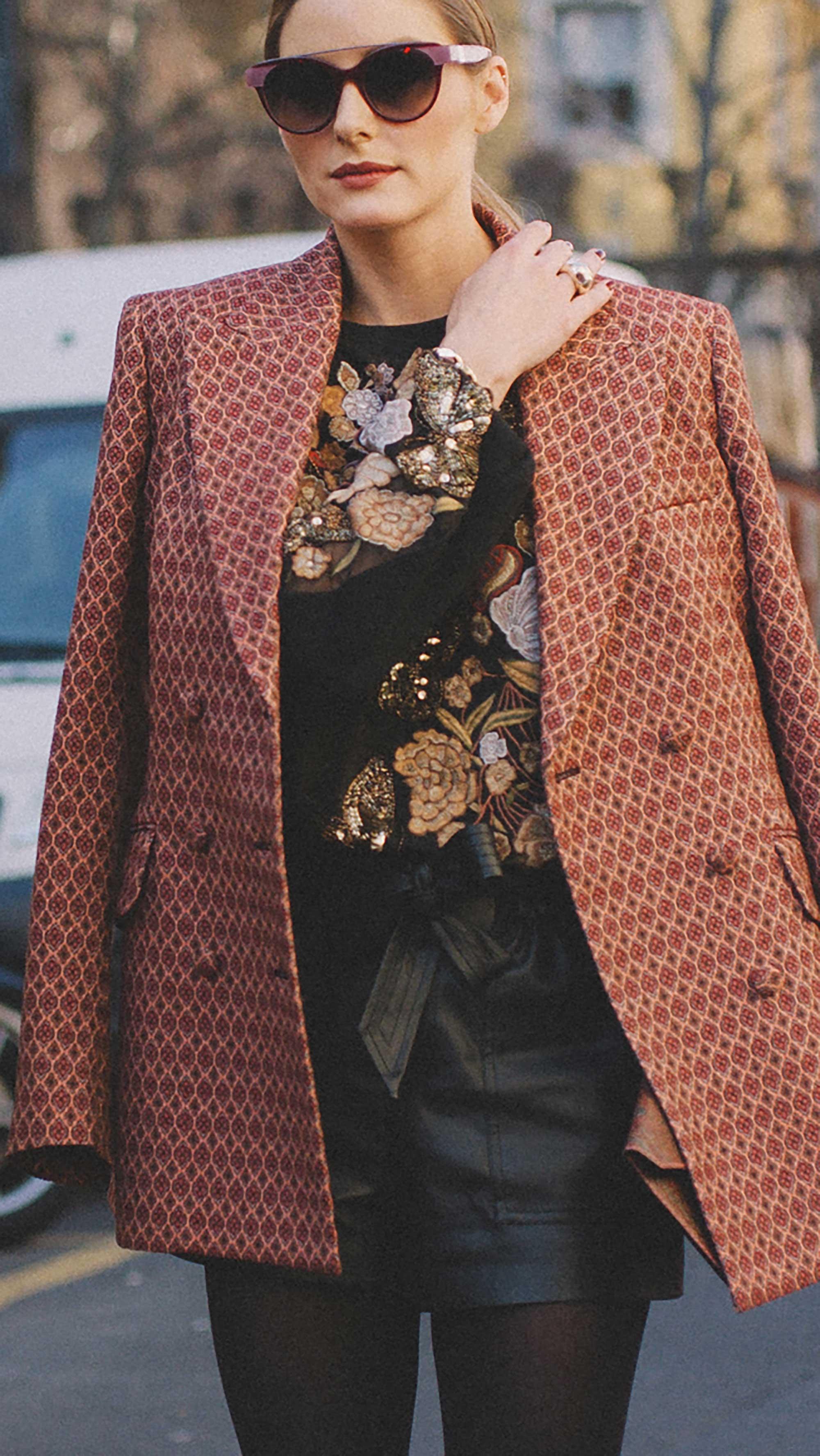 Street Style outside the Etro Runway Show during Milan fashion Week FW196.jpg