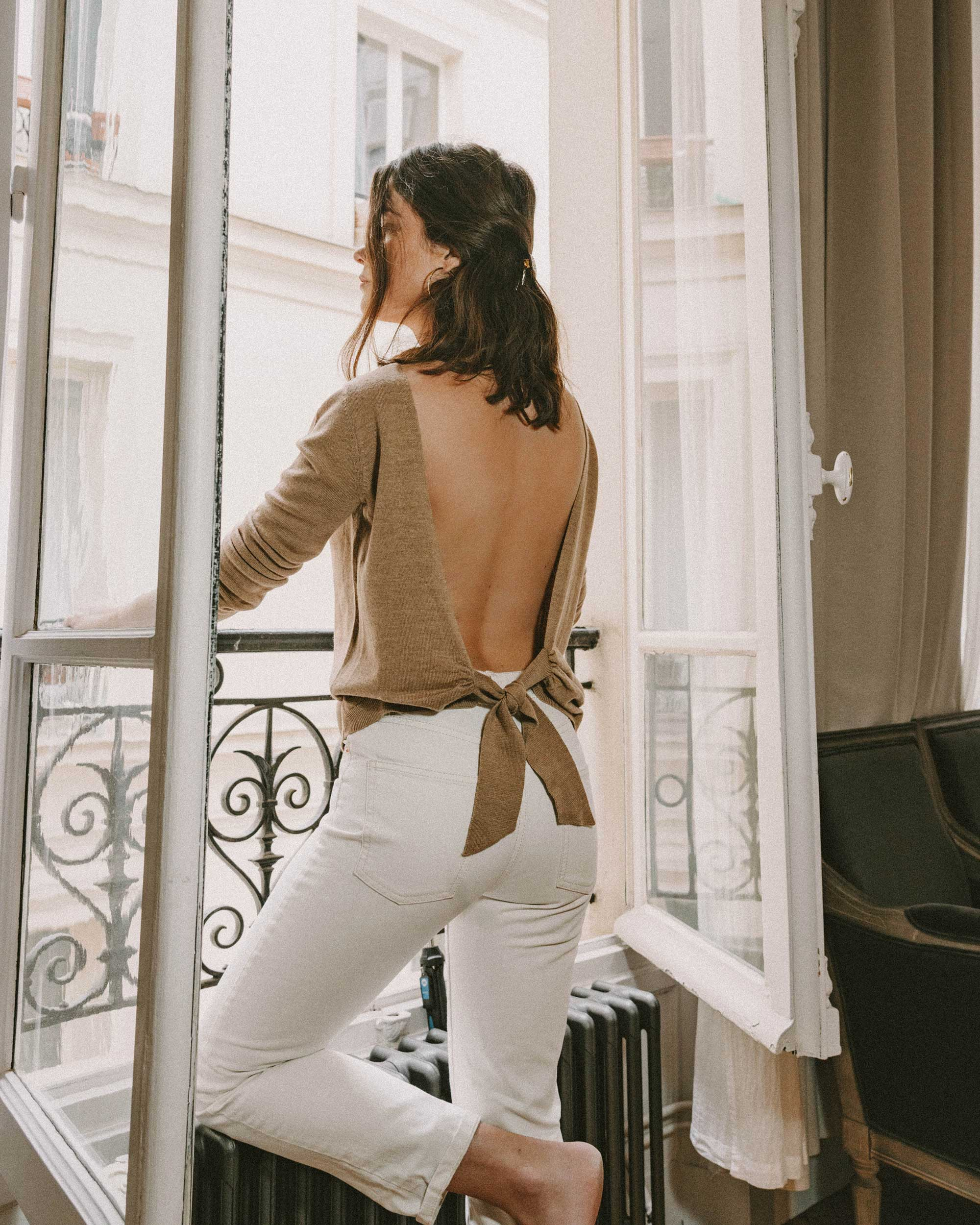 Sarah Butler of Sarah Styles Seattle wears Sezane Backless Sweater and Crystal Gucci single hair barrette in Paris, France | @sarahchristine, Seattle Blogger -3.jpg