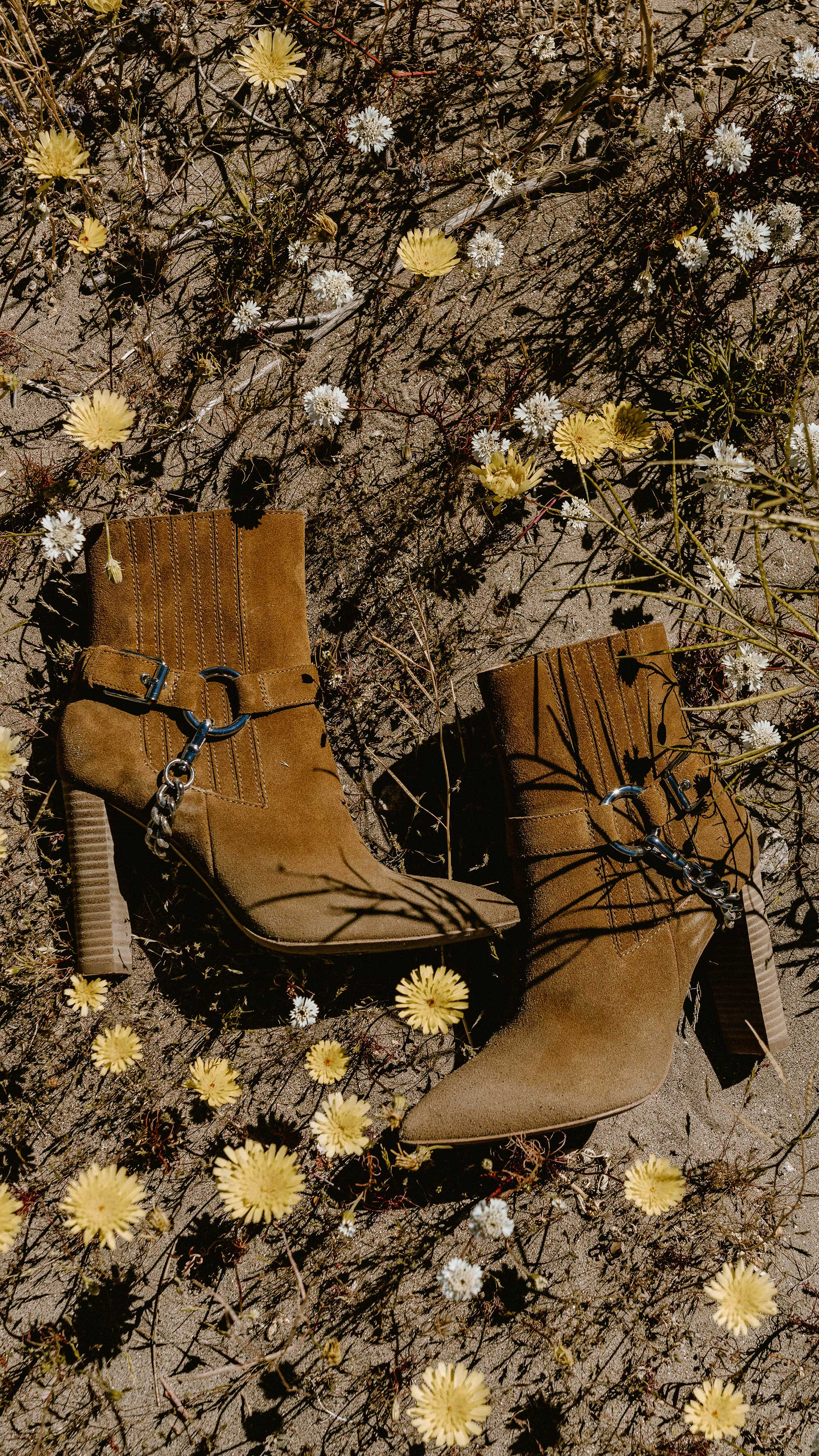 Paige Suede Western Boot Coachella Festival Outfit | @sarahchristine, Seattle Blogger1.jpg