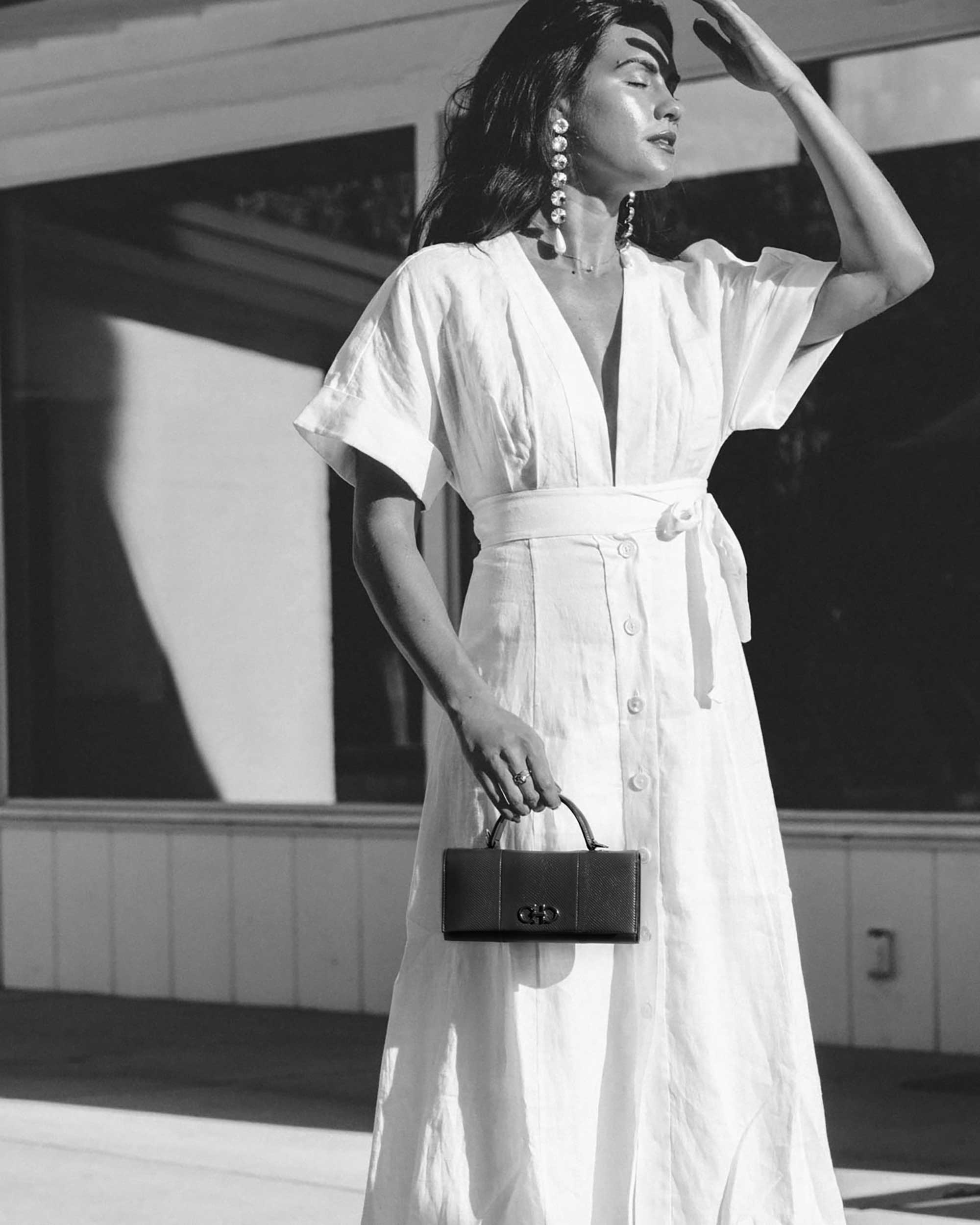 Sarah Butler of Sarah Styles Seattle wears Nauman Linen Dress in Bright White and Ferragamo Mini Gancini Top Handle Wallet in Palm Springs Outfit | @sarahchristine -4.jpg