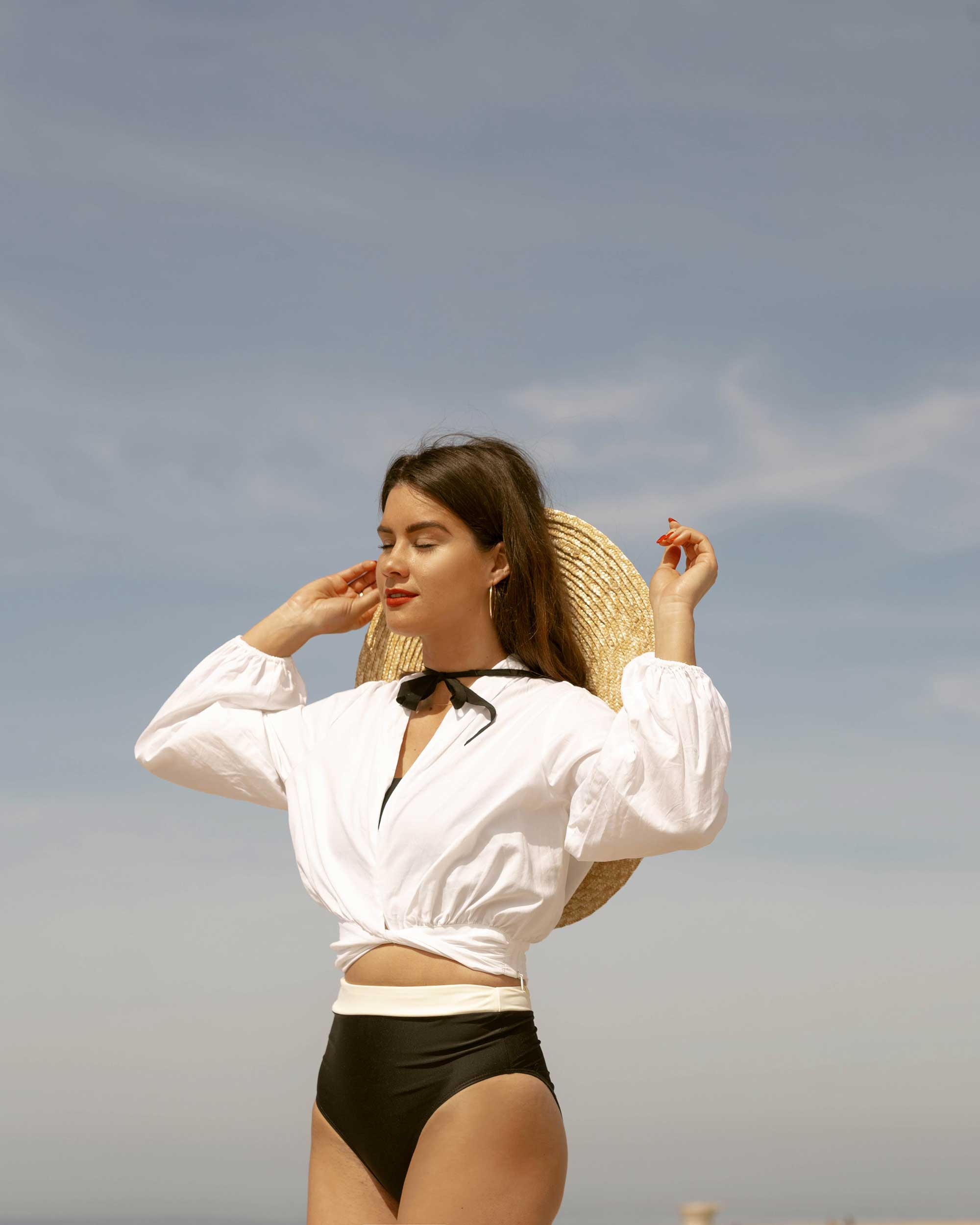Sarah Butler of Sarah Styles Seattle wears C:Meo Collective puff sleeve Coco shirt in white and & Other Stories Round Top Straw Hat with Ribbon Neck Ties for the perfect summer beach outfit | @sarahchristine -8.jpg