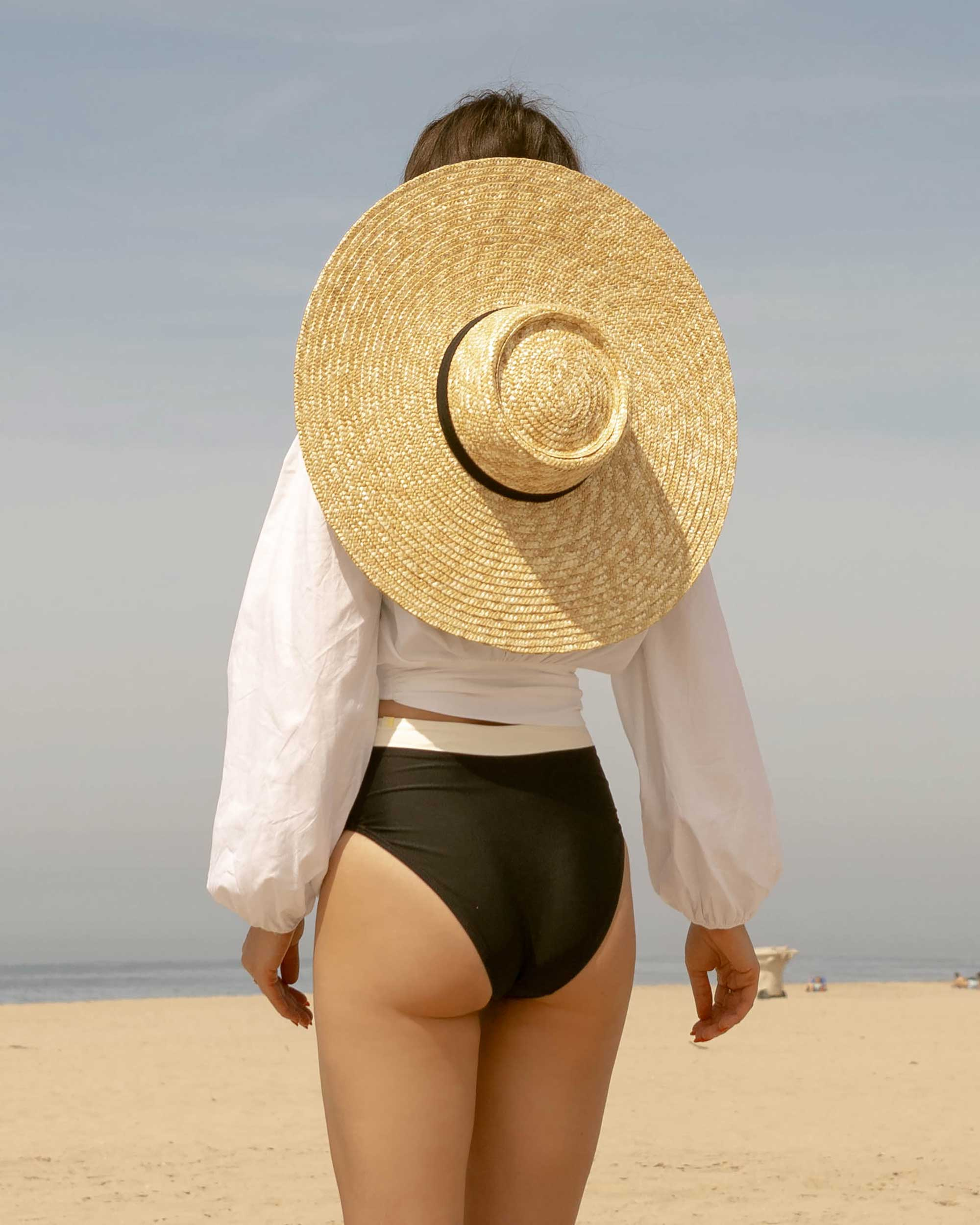 Sarah Butler of Sarah Styles Seattle wears C:Meo Collective puff sleeve Coco shirt in white and & Other Stories Round Top Straw Hat with Ribbon Neck Ties for the perfect summer beach outfit | @sarahchristine -15.jpg