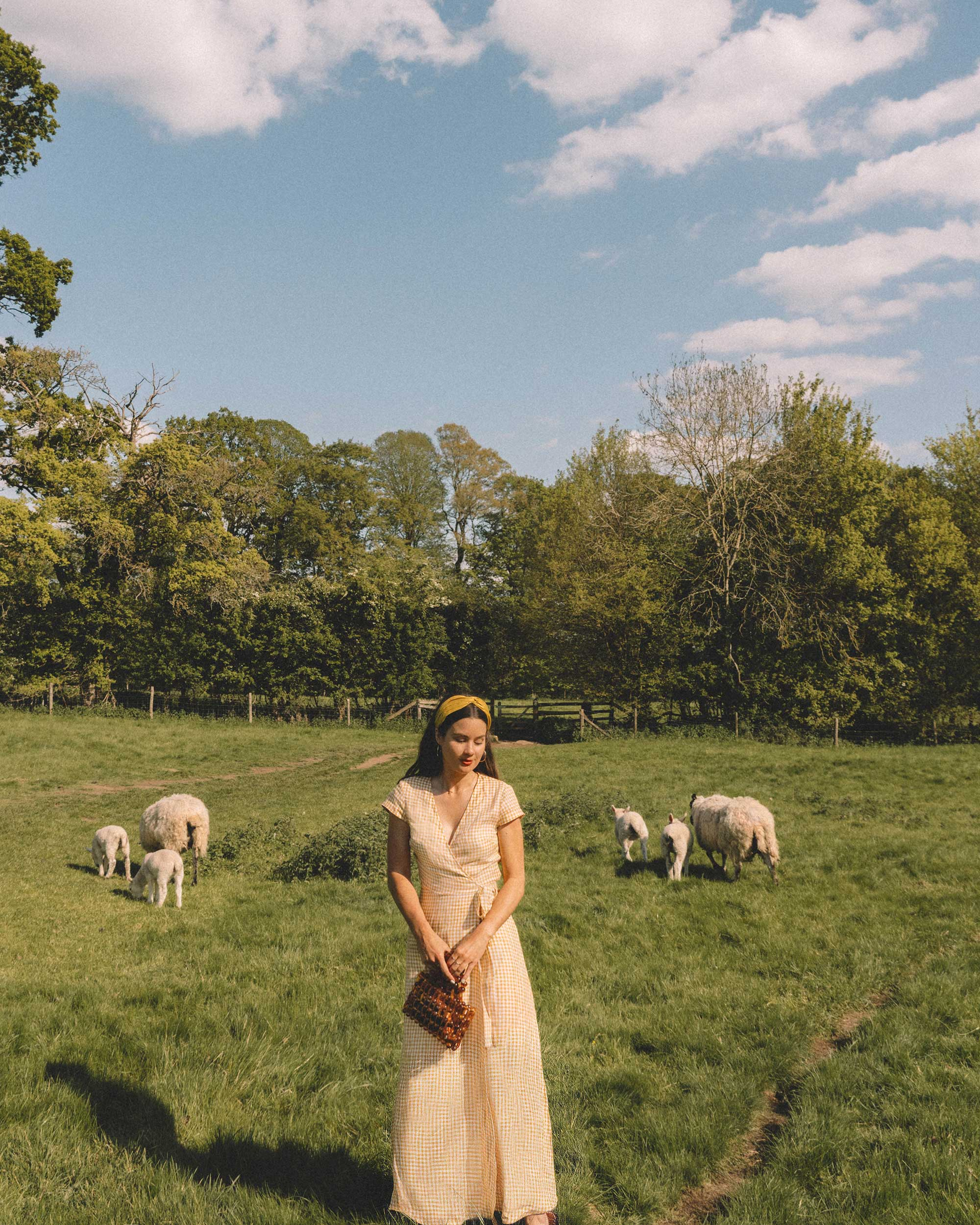 Sarah Butler of Sarah Styles Seattle explores the English Countryside Cotswolds wearing Gingham Linen Midi Wrap Dress | @sarahchristine -8.jpg