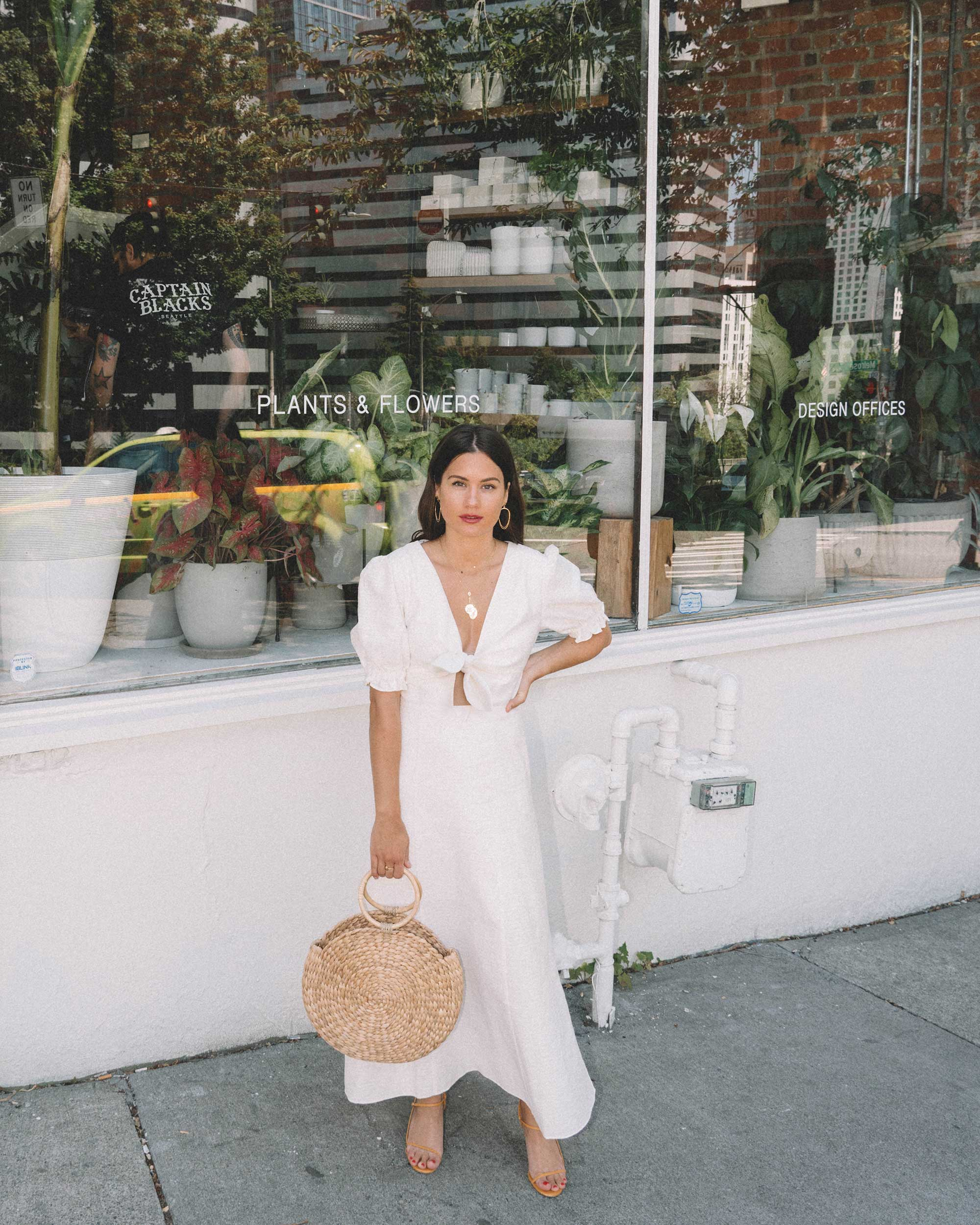 Sarah Butler of Sarah Styles KEEPSAKE FORTUNE White DRESS with puff sleeves and Woven Straw Circle Bag in Seattle | @sarahchristine -18.jpg