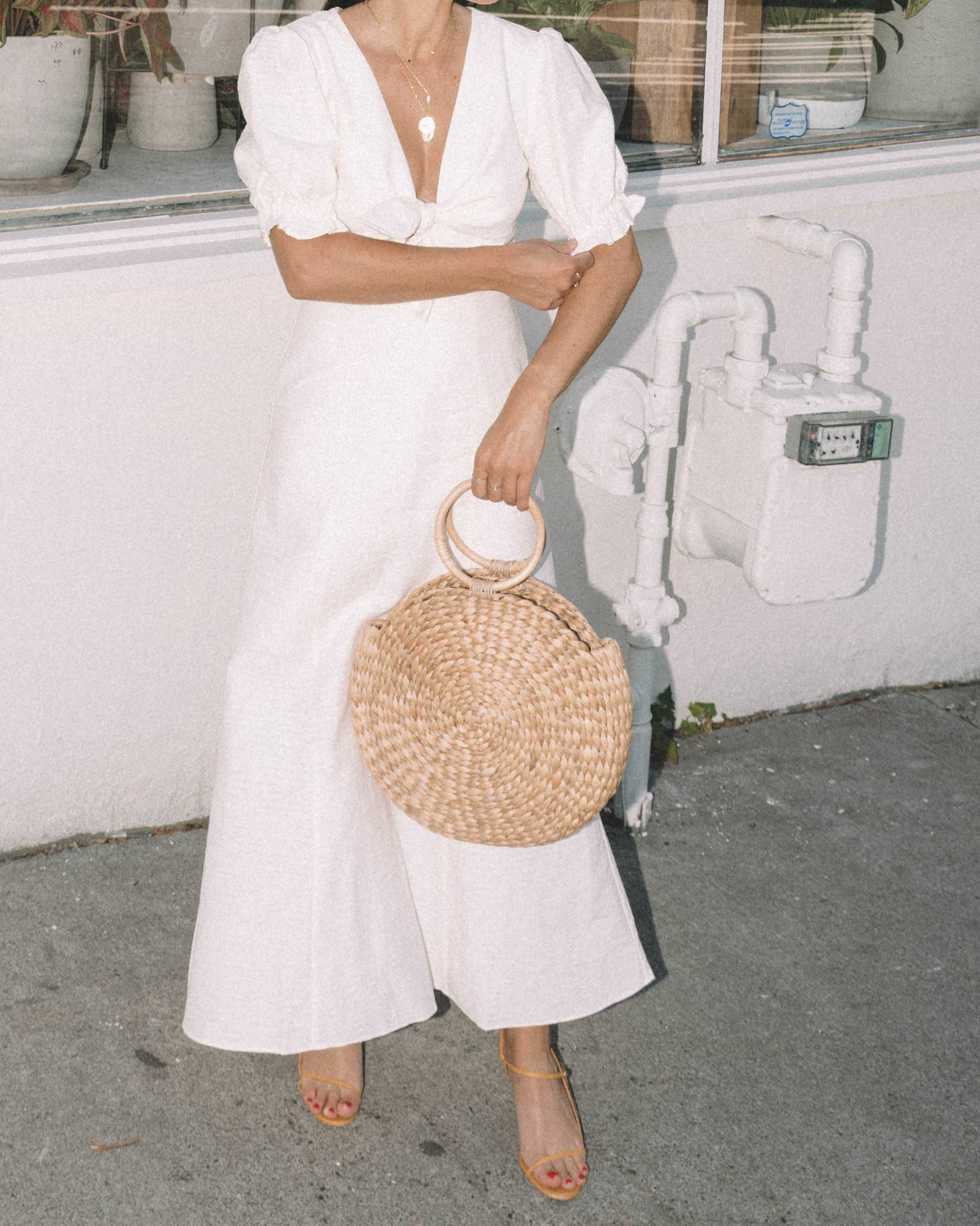 Sarah Butler of Sarah Styles KEEPSAKE FORTUNE White DRESS with puff sleeves and Woven Straw Circle Bag in Seattle | @sarahchristine -1.jpg