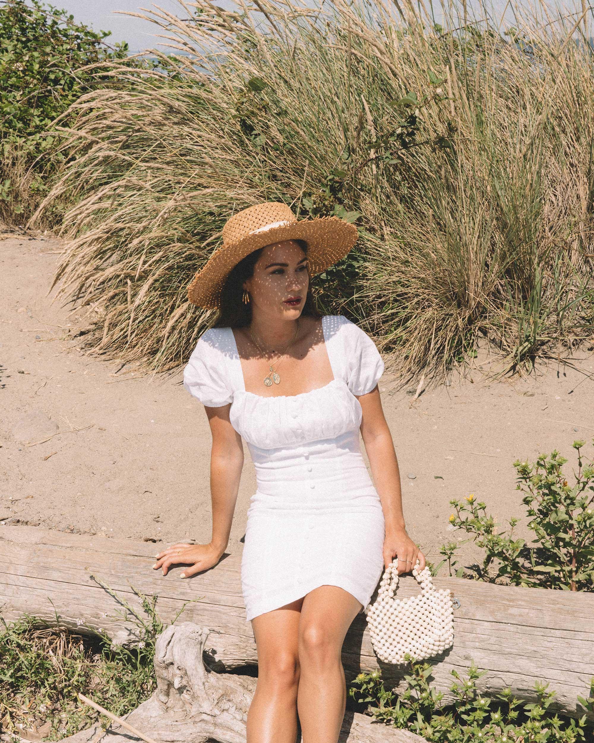 Sarah Butler of Sarah Styles wearing Puff Sleeve Linen Minidress at Seattle Discover Park  | @sarahchristine -7.jpg