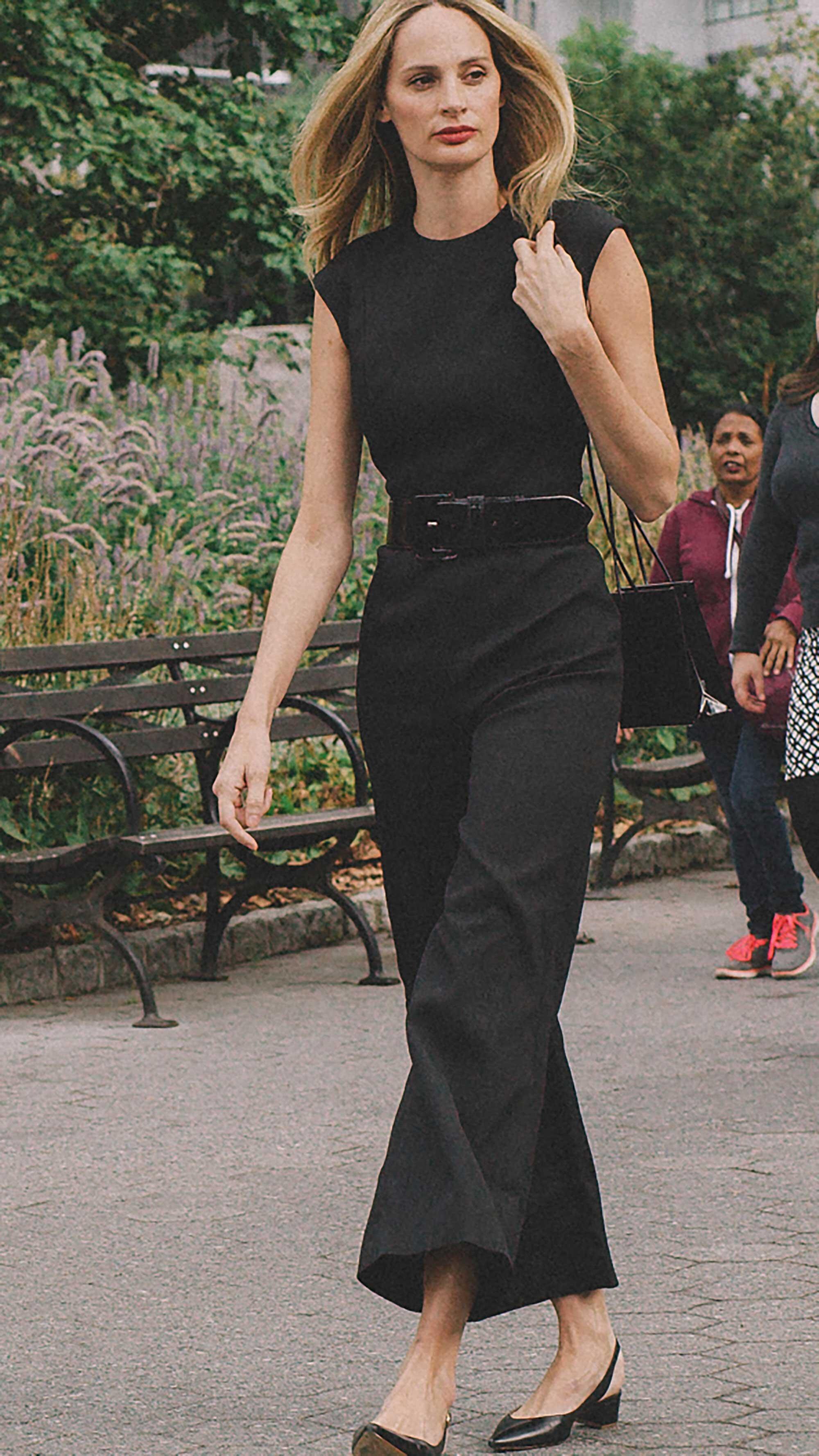 Click for more looks! Best outfits of New York Fashion Week street style 2019 Day Three Photo by @J2martinez Jose J. Martinez www.jmrtnz.com -10.jpg